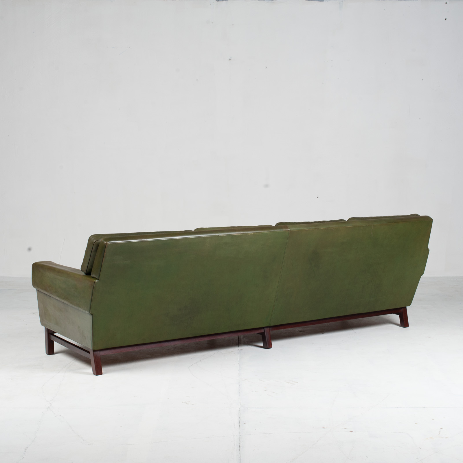 4 Seat Sofa In Olive Leather 1960s Denmark 012