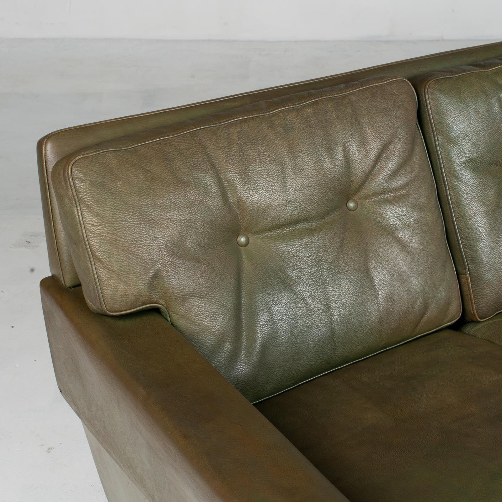 4 Seat Sofa In Olive Leather 1960s Denmark 06
