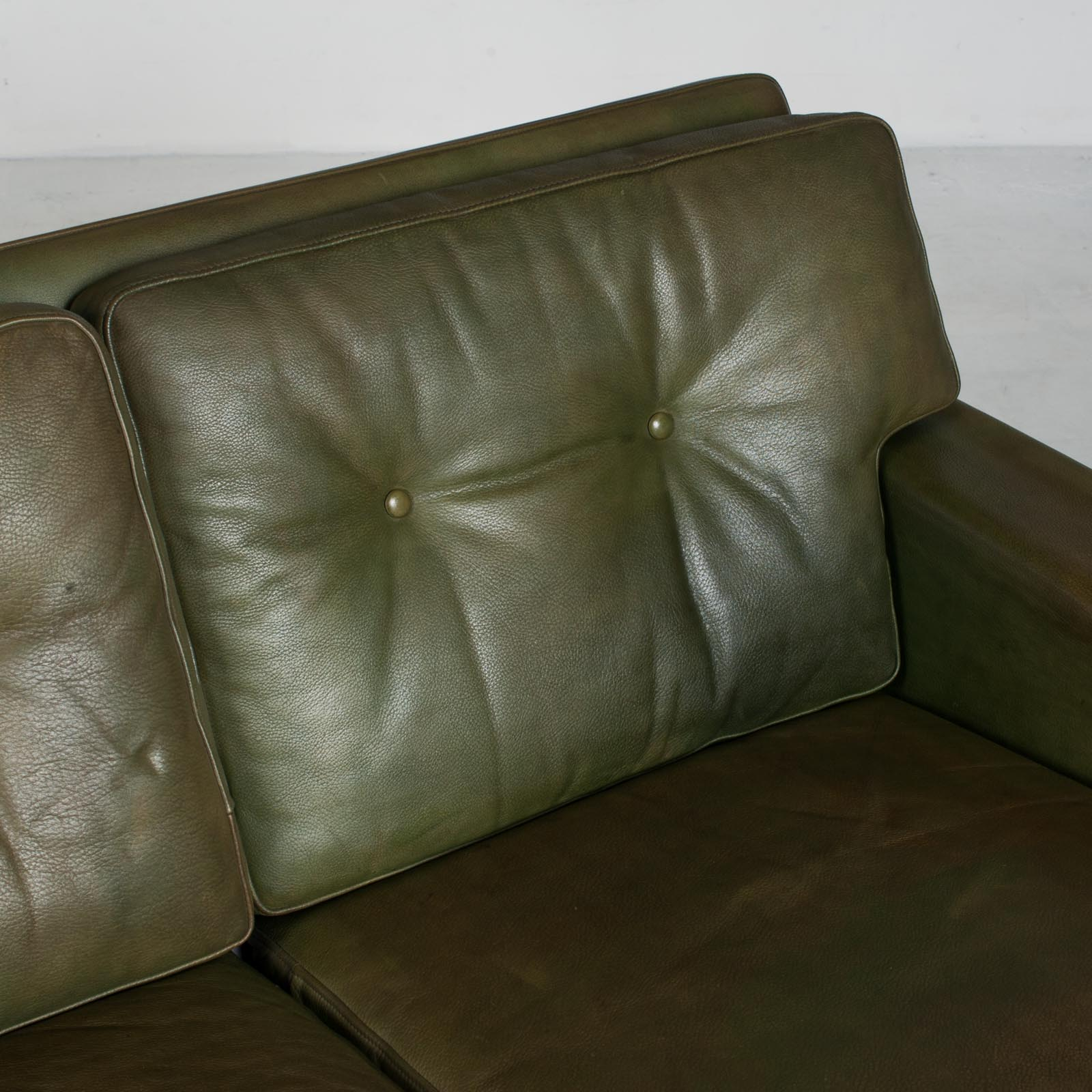 4 Seat Sofa In Olive Leather 1960s Denmark 08