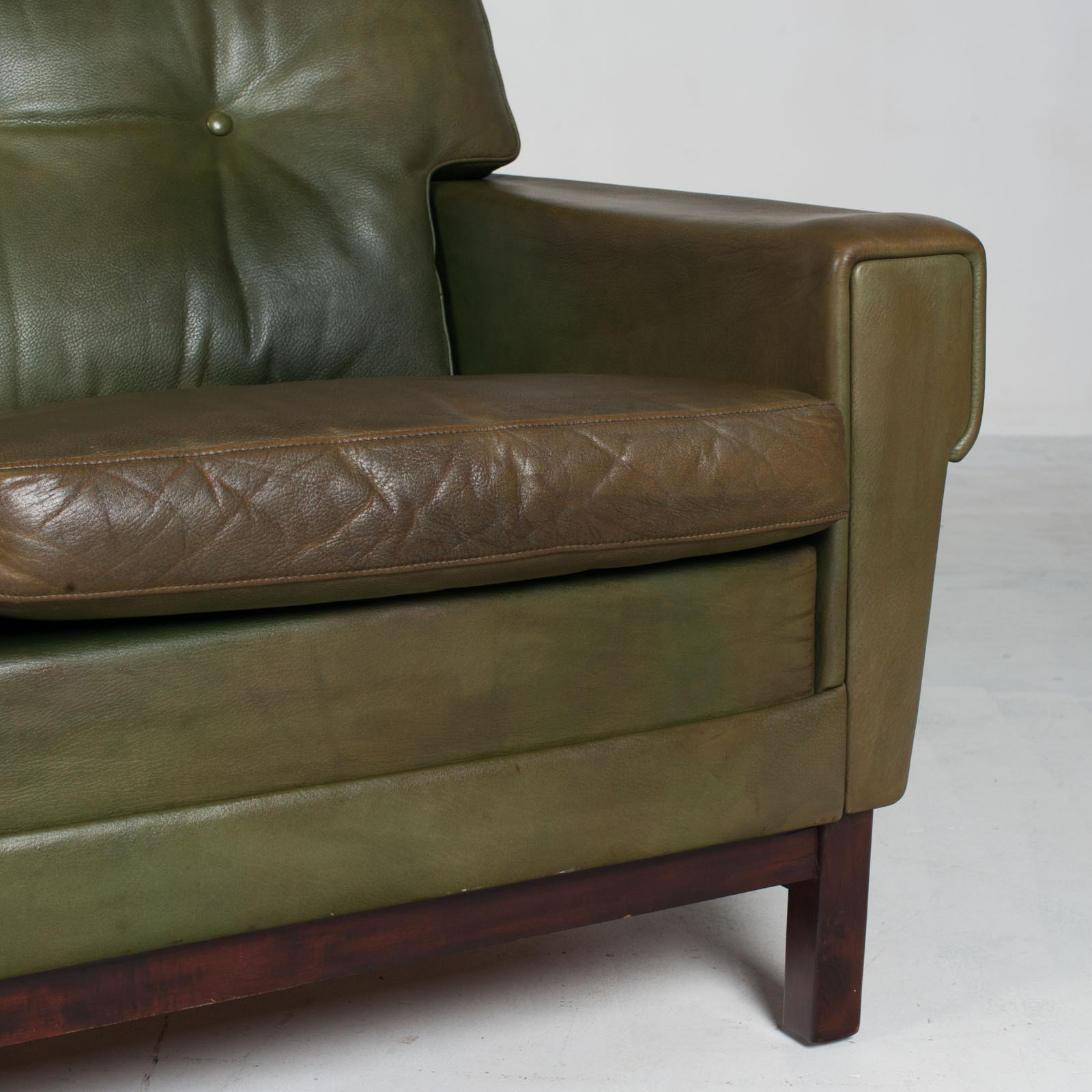 4 Seat Sofa In Olive Leather 1960s Denmark 09