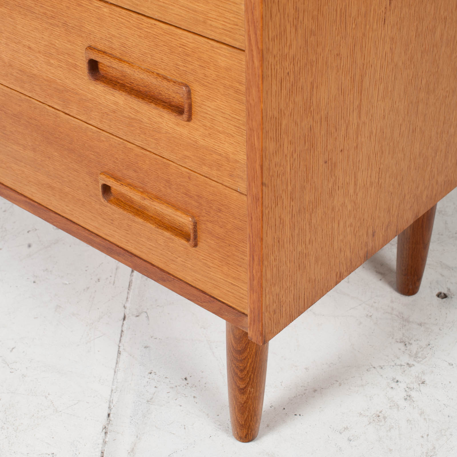Compact Chest With Four Drawers In Oak 1960s Denmark 09