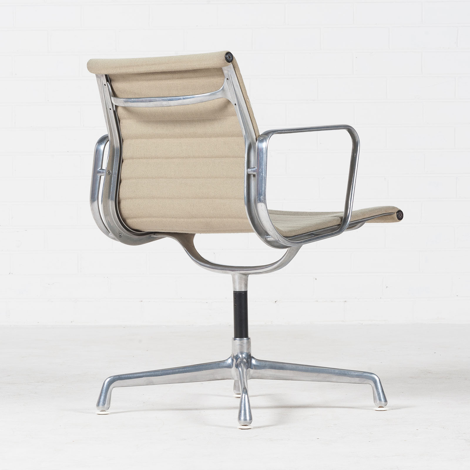 Eames Ea 108 Chair By Charles & Ray Eames For Vitra 1950s America 05