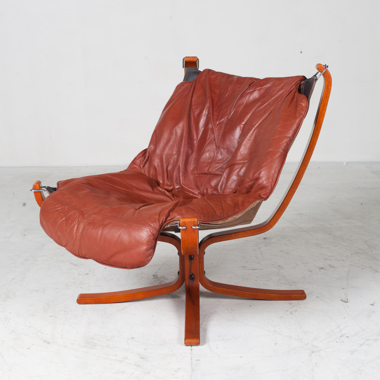 Low Back Falcon Armchair By Sigurd Ressell For Vatne Mobler In Patinated Cognac Leather 1970s Norway 04