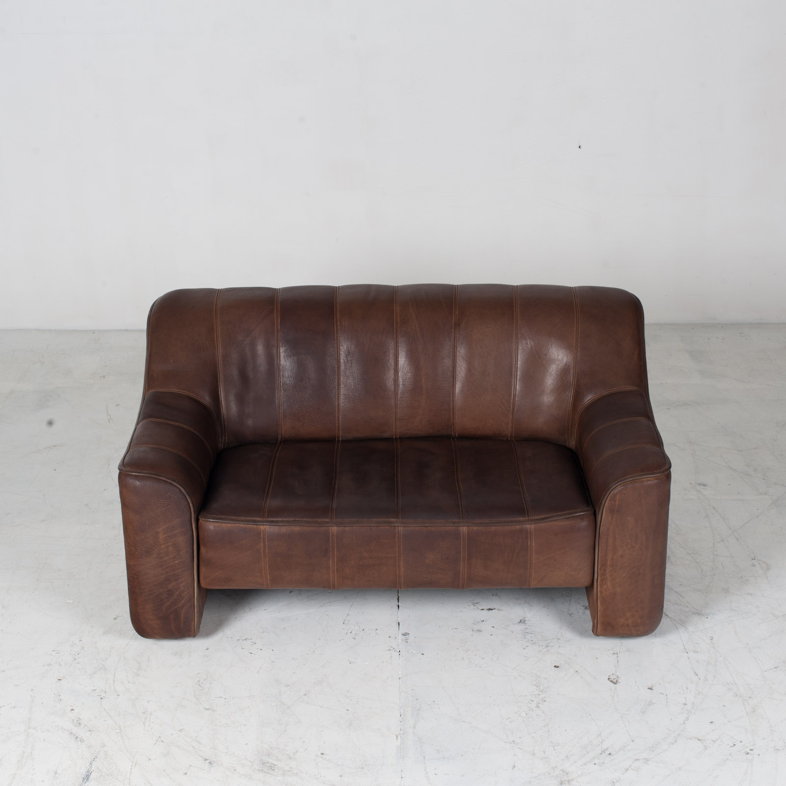Model Ds 44 2 Seat Sofa In Buffalo Leather 1960s Switzerland 03