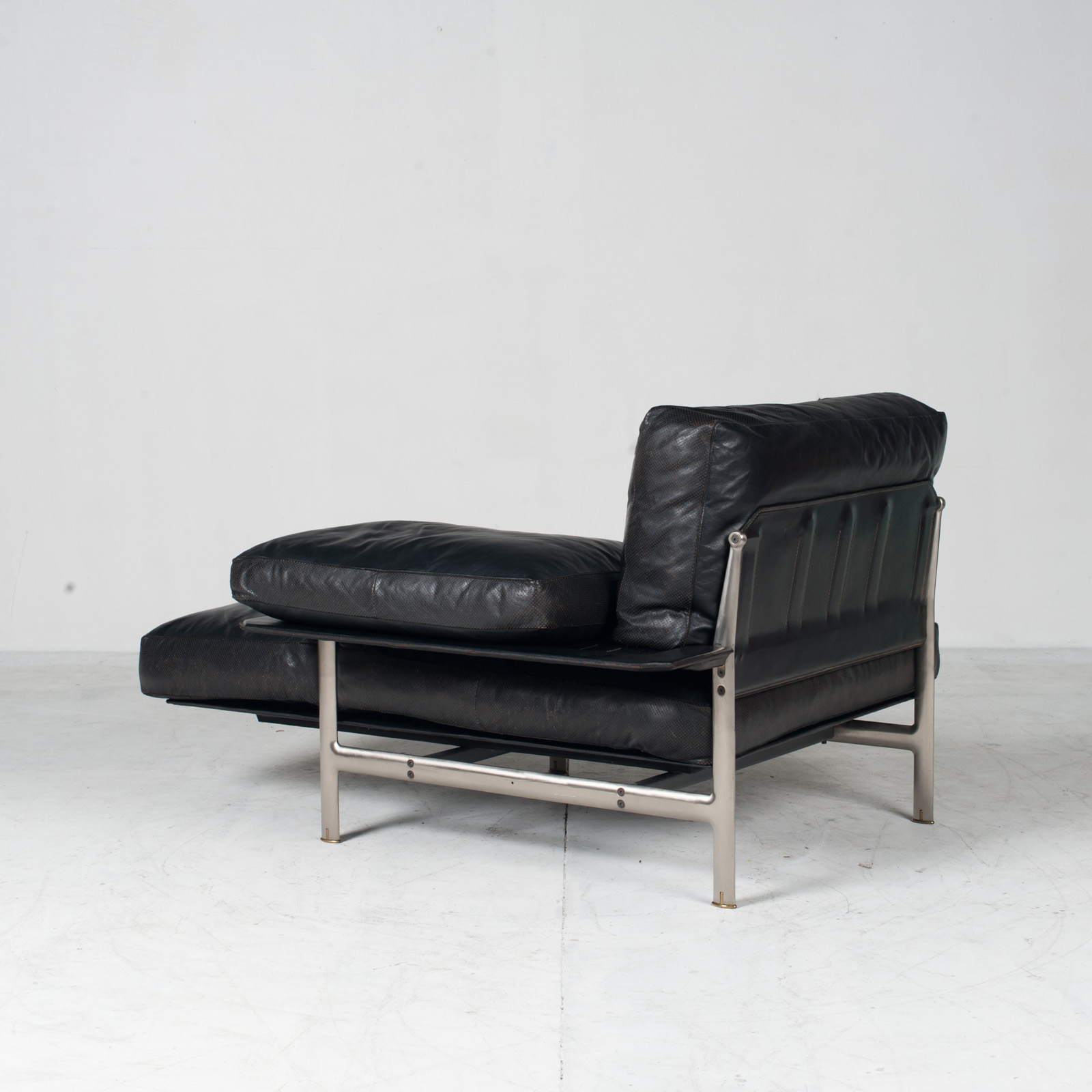 Model Diesis Chaise Lounge For B&b Italia By Antonio Citterio In Black Leather 1970s Italy 12