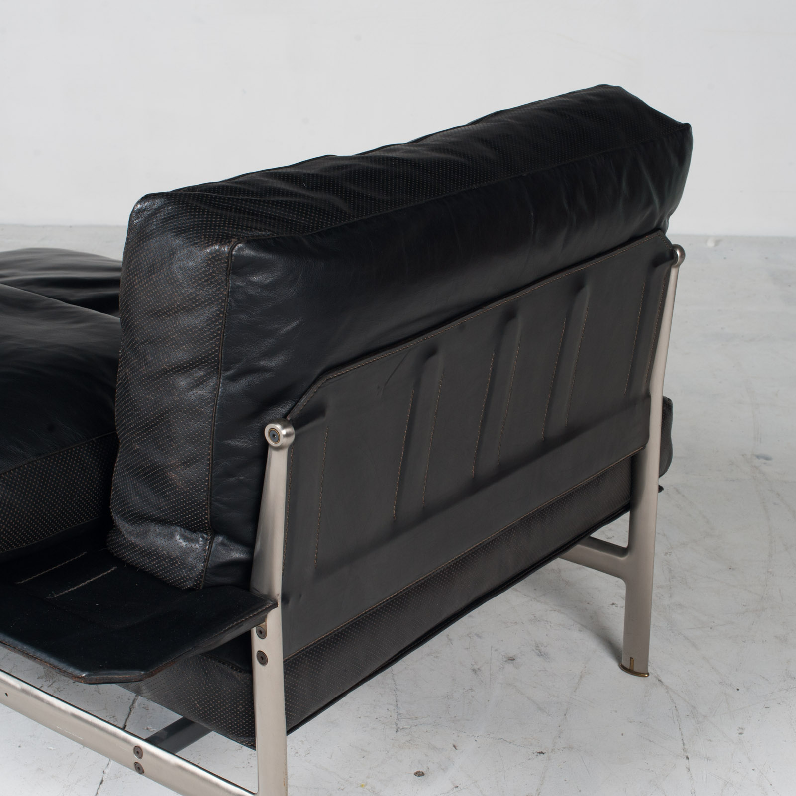 Model Diesis Chaise Lounge For B&b Italia By Antonio Citterio In Black Leather 1970s Italy 15