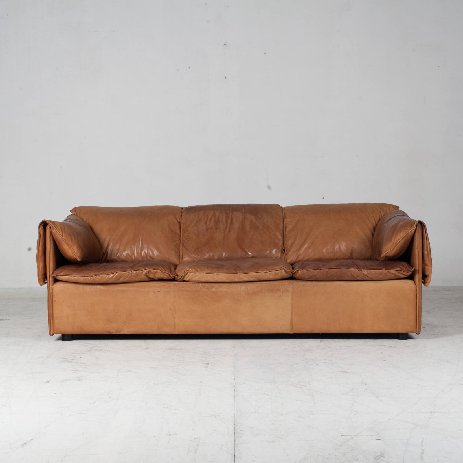 Model Lotus 3 Seat Sofa By Eilersen In Tan Leather 1970s Denmark 08