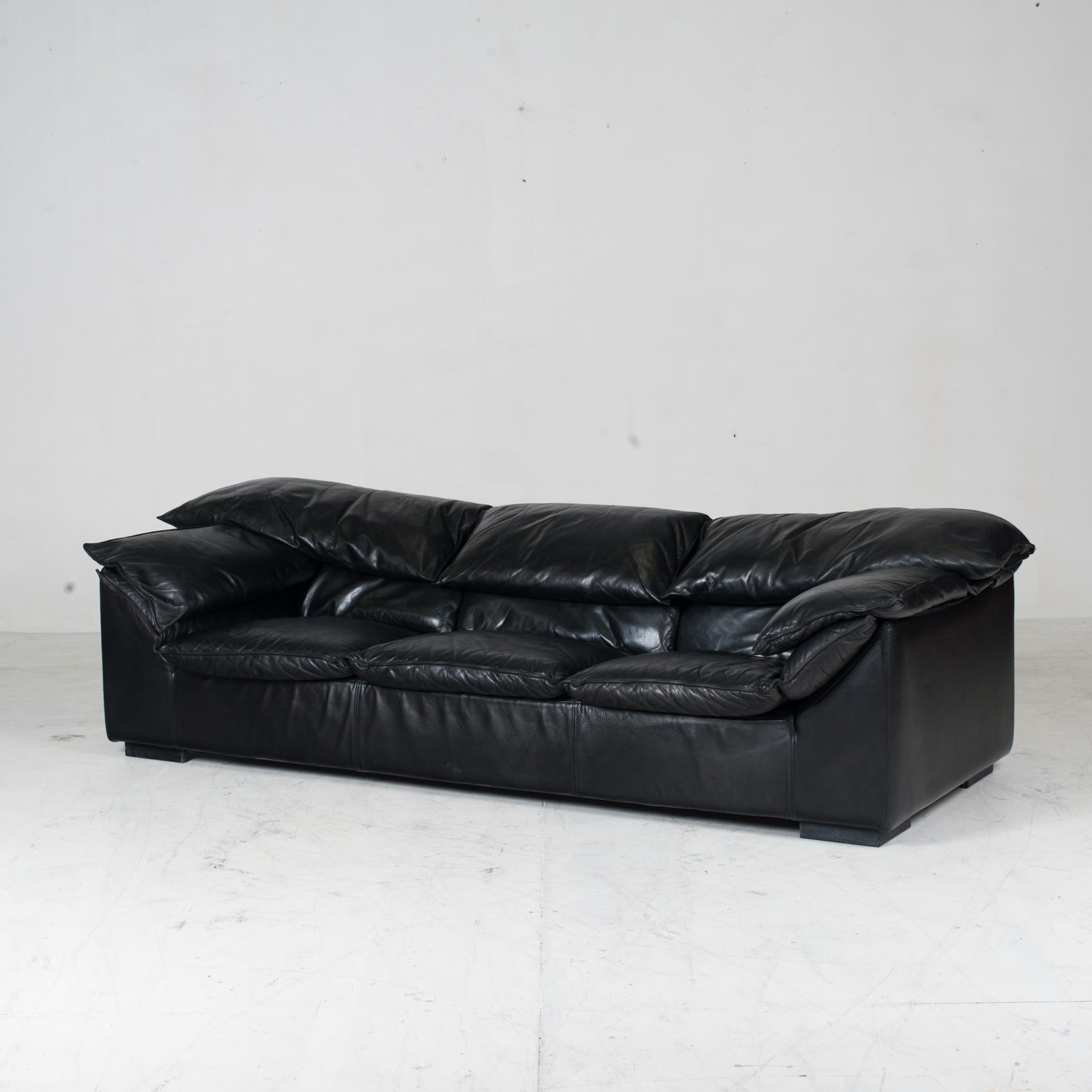 Model Monza 3 Seat Sofa By Eilerson In Black Leather 1970s Denmark 04