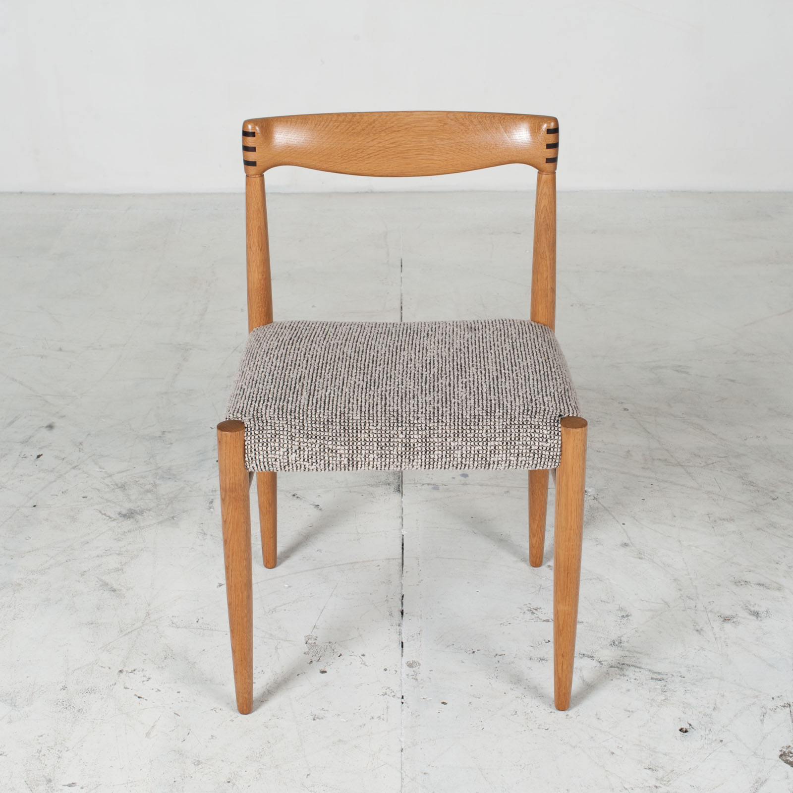 Set 6 Dining Chairs By H.w.klein In Oak And Textured Grey Wool 1960s Denmark 02