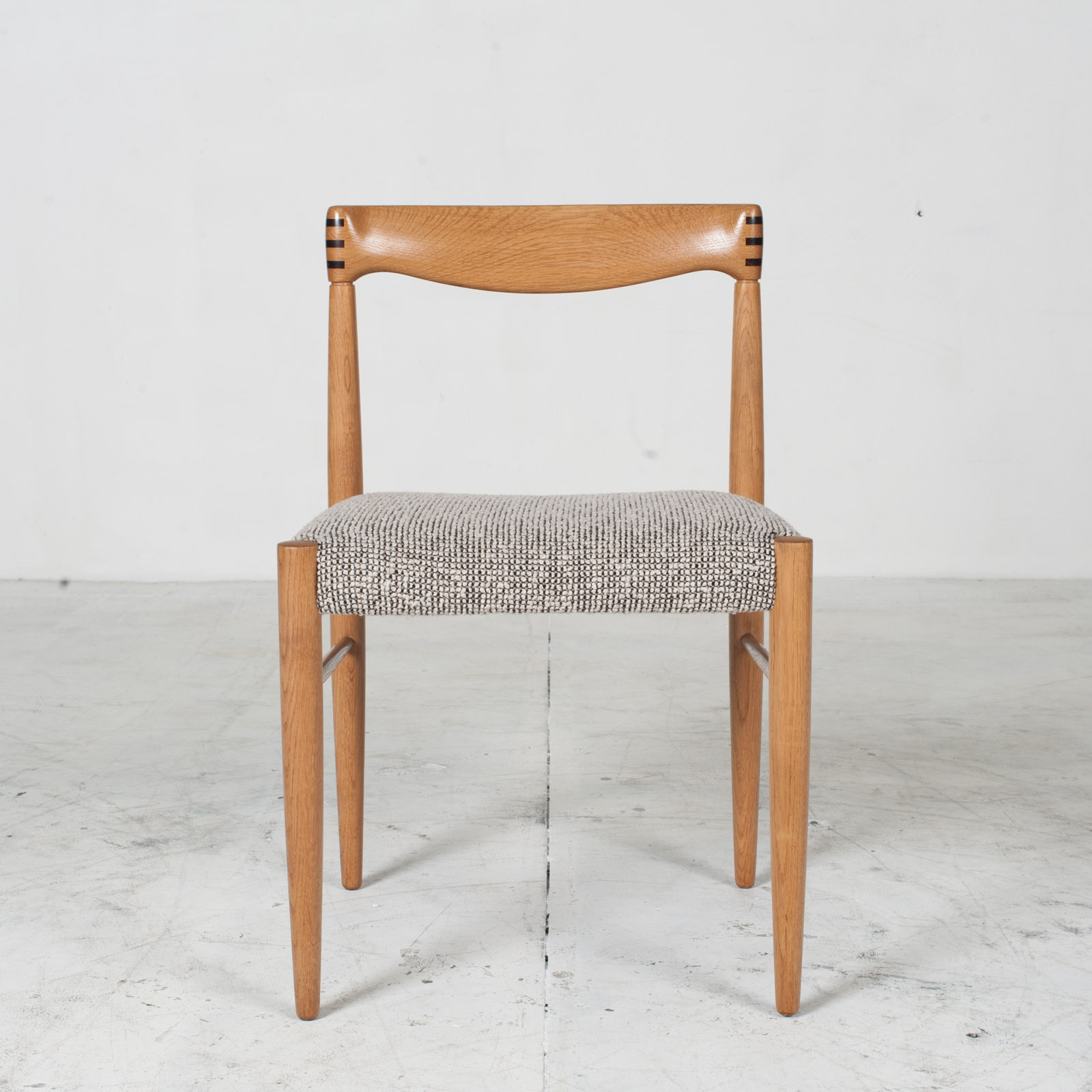 Set 6 Dining Chairs By H.w.klein In Oak And Textured Grey Wool 1960s Denmark 11