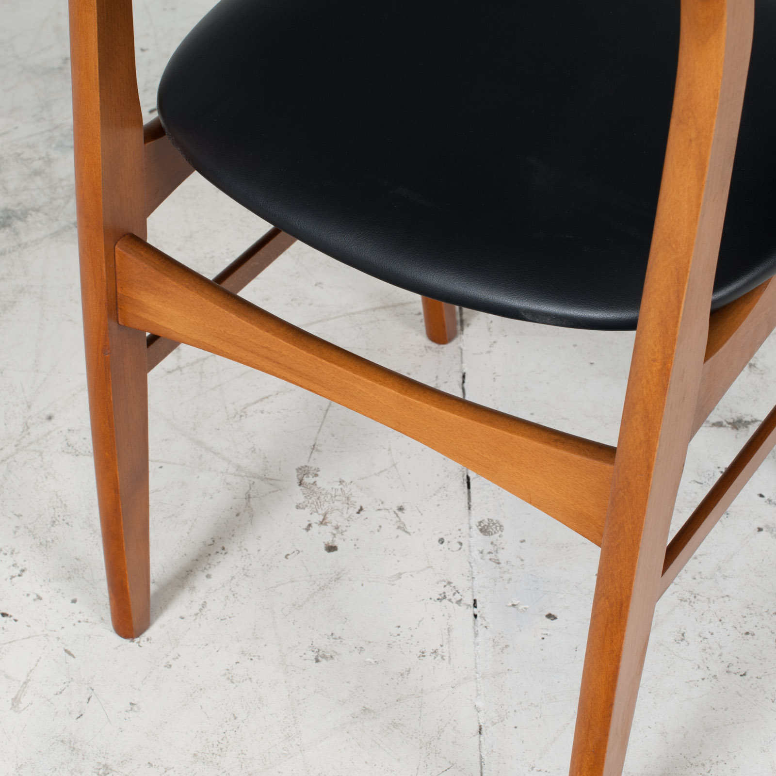 Set 6 Dining Chairs In The Style Of Erik Buch In Teak 1960s Denmark 010