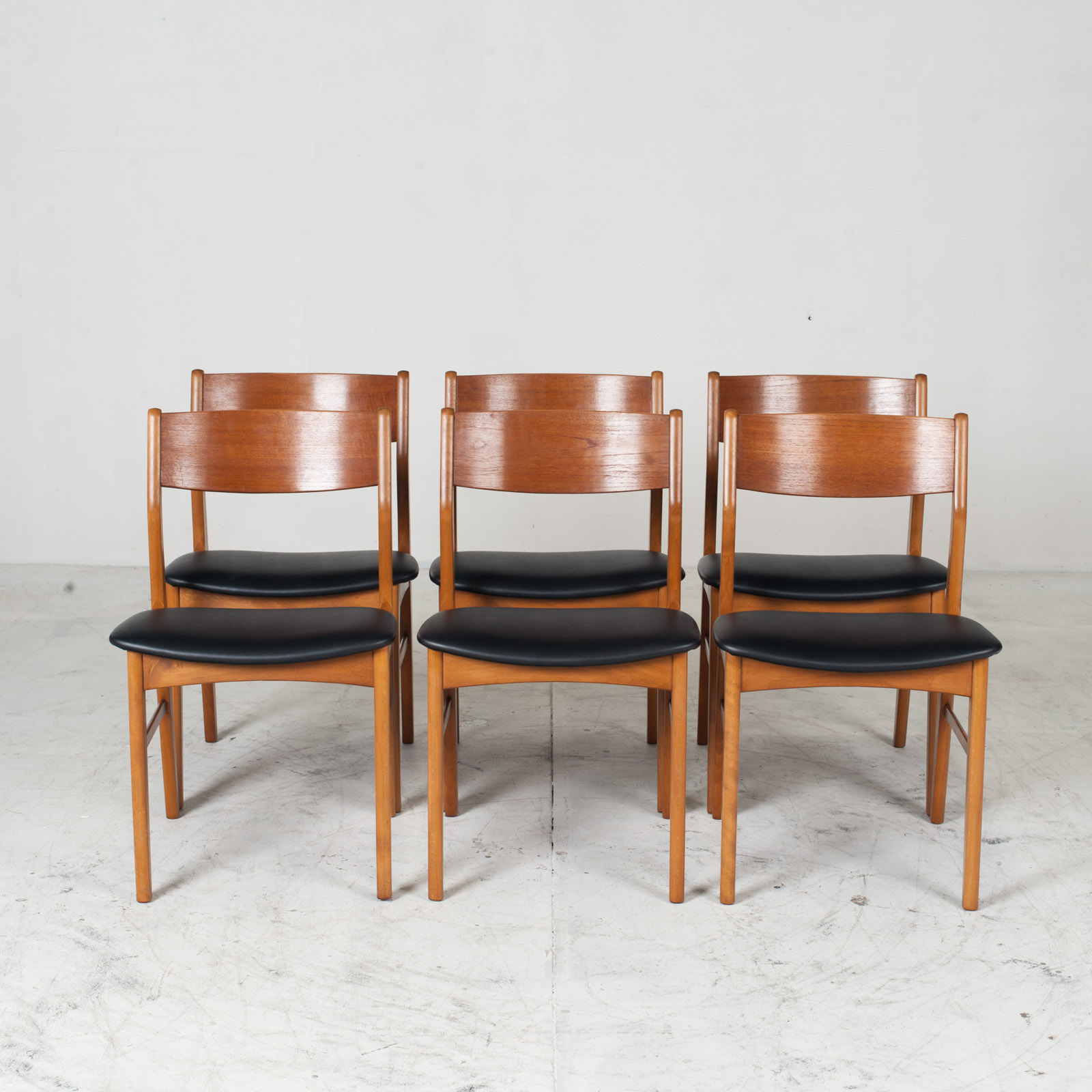 Set 6 Dining Chairs In The Style Of Erik Buch In Teak 1960s Denmark 012