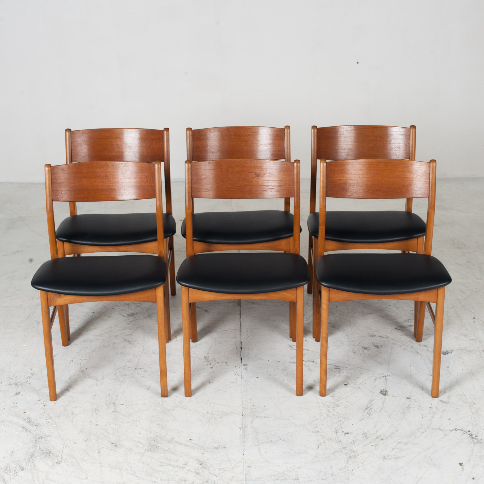 Set 6 Dining Chairs In The Style Of Erik Buch In Teak 1960s Denmark 013