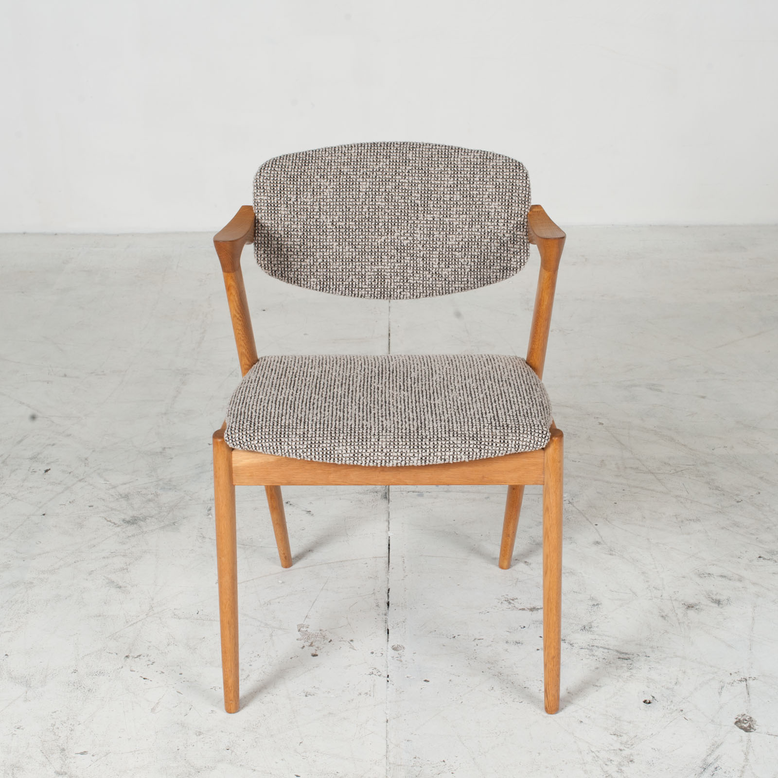 Set 6 No. 42 Dining Chairs By Kai Kristiansen In Oak 1960s Denmark 02