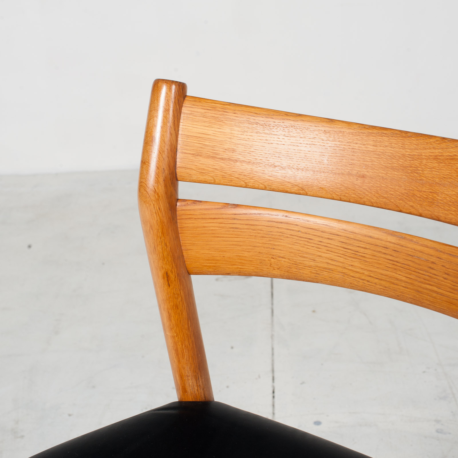 Set Of 4 Oak Ladder Back Dining Chairs By Borge Morgensen 1960s Denmark5