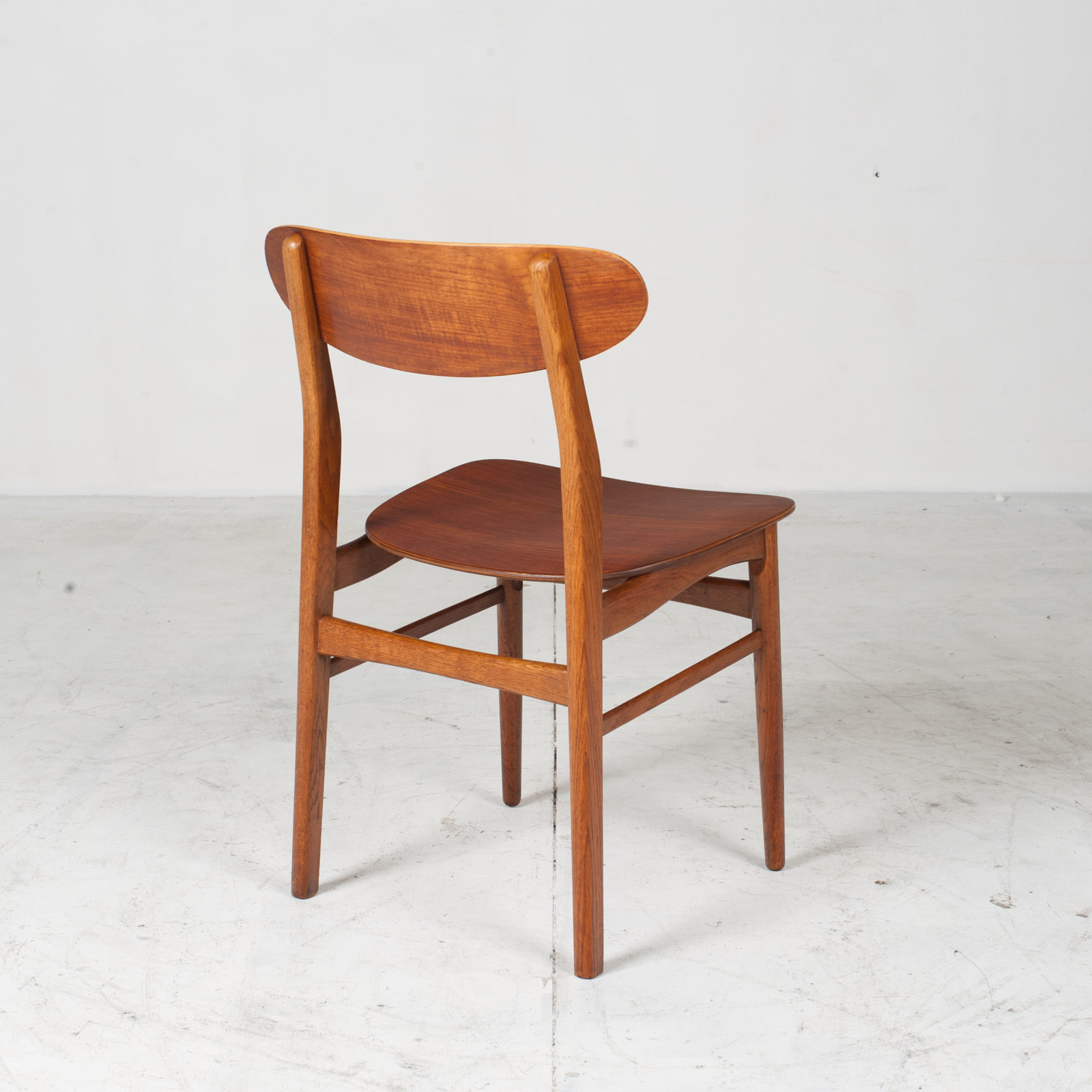 Set Of 4 Round Back Dining Chairs In Teak 1960s Denmark13