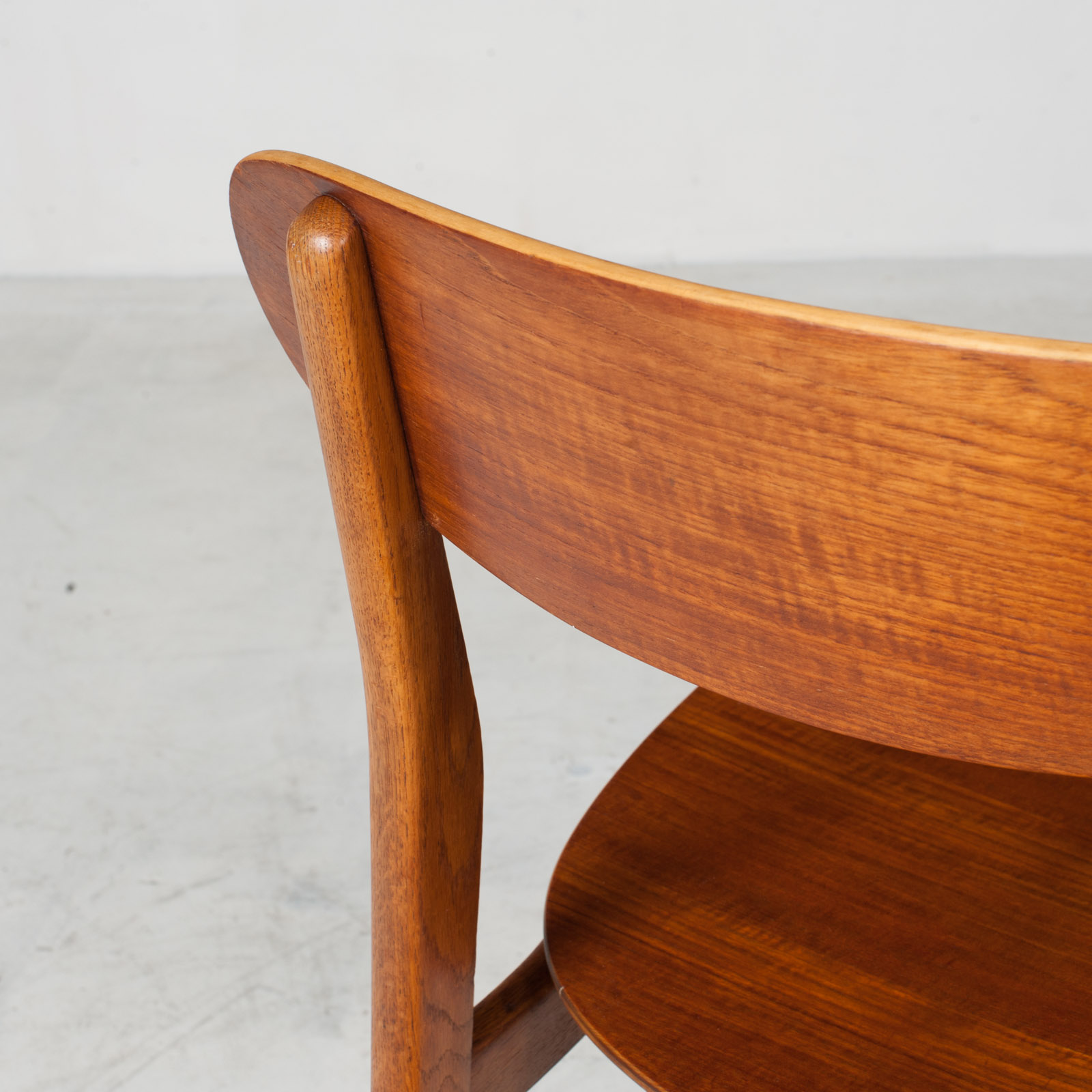 Set Of 4 Round Back Dining Chairs In Teak 1960s Denmark14