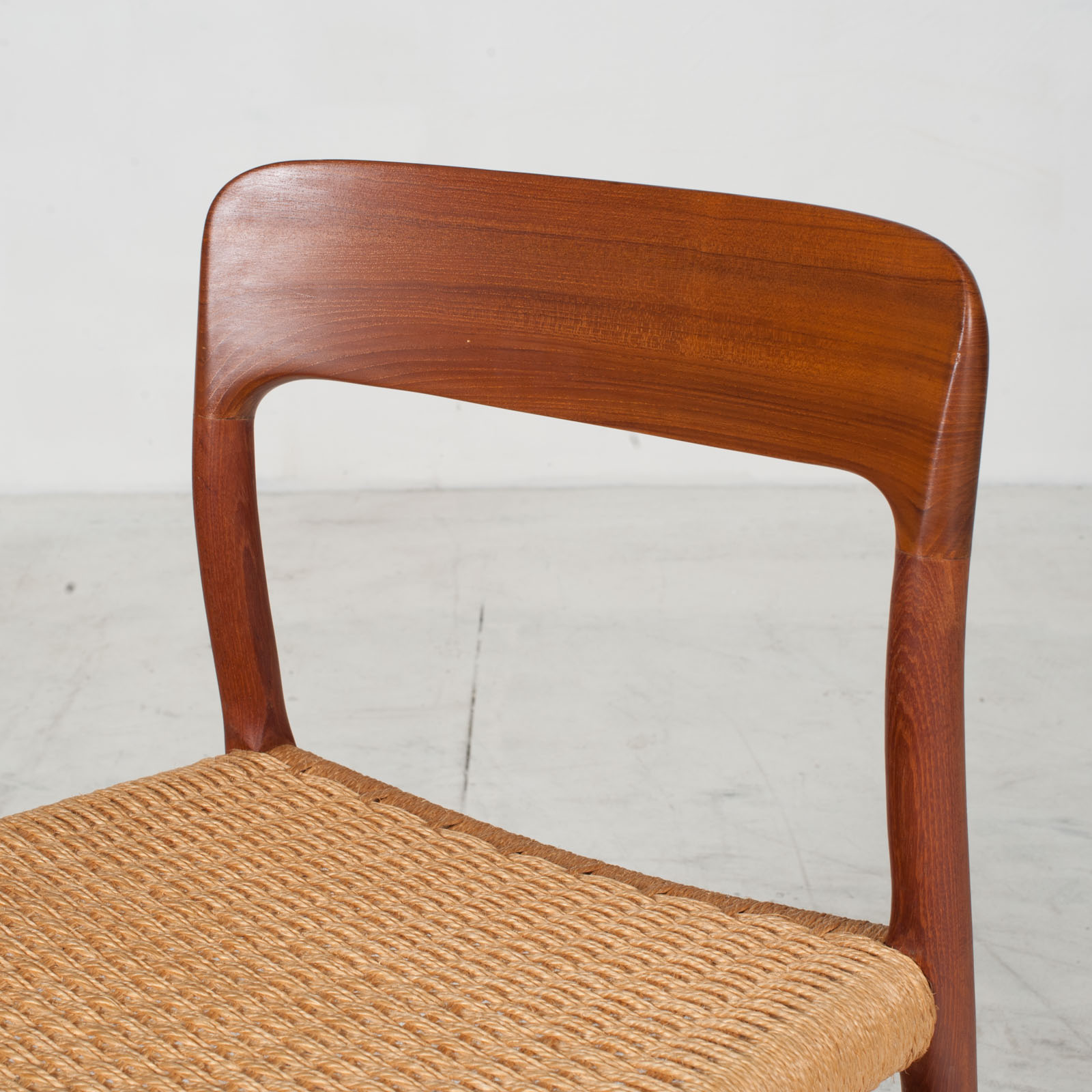 Set Of 6 Model 75 Dining Chairs By J. L. Moller In Teak And Cord 1960s Denmark 06