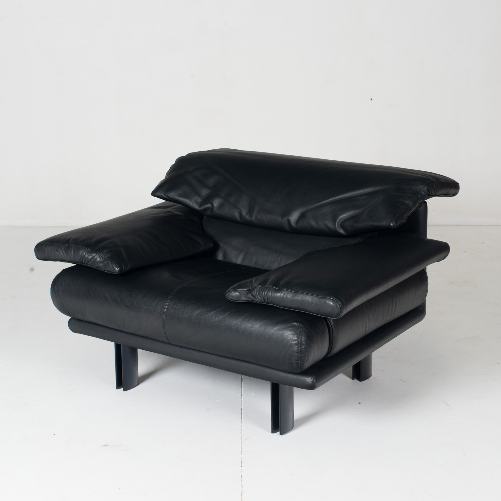 Alanda Armchair By Paolo Piva For B&b Italia In Black Leather, 1980s, Italy 4
