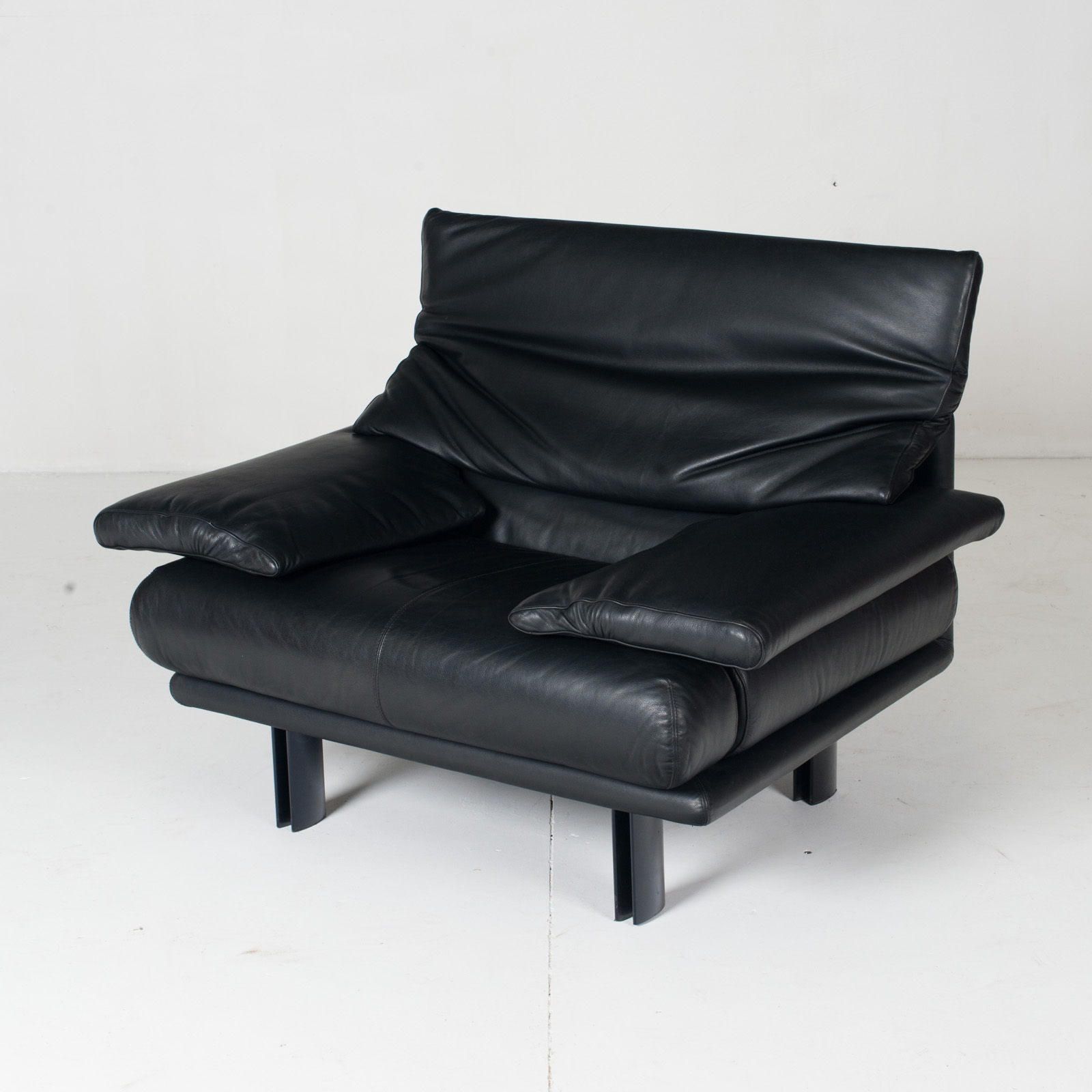 Alanda Armchair By Paolo Piva For B&b Italia In Black Leather, 1980s, Italy 6