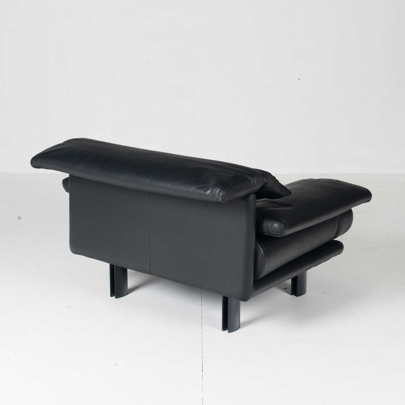 Alanda Armchair By Paolo Piva For B&b Italia In Black Leather, 1980s, Italy 7
