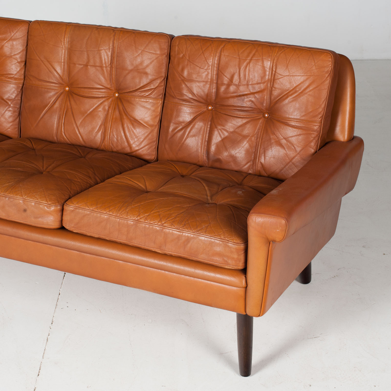3 Seat Sofa In Tan Leather With Button Detailing For Skipper, 1960s, Denmark6