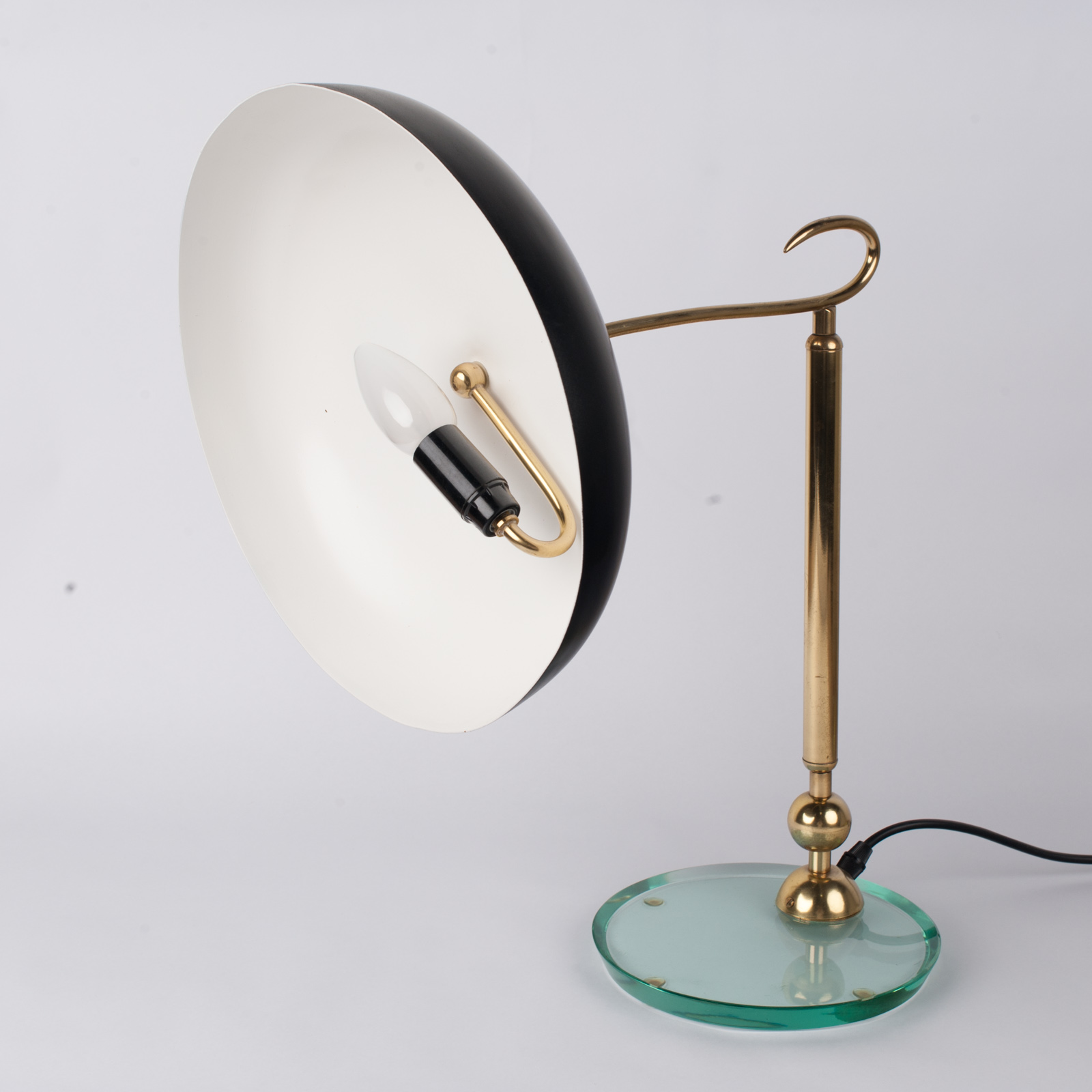 Table Lamp In Brass And Glass Attributed To Fontanaarte, 1930s, Italy 5