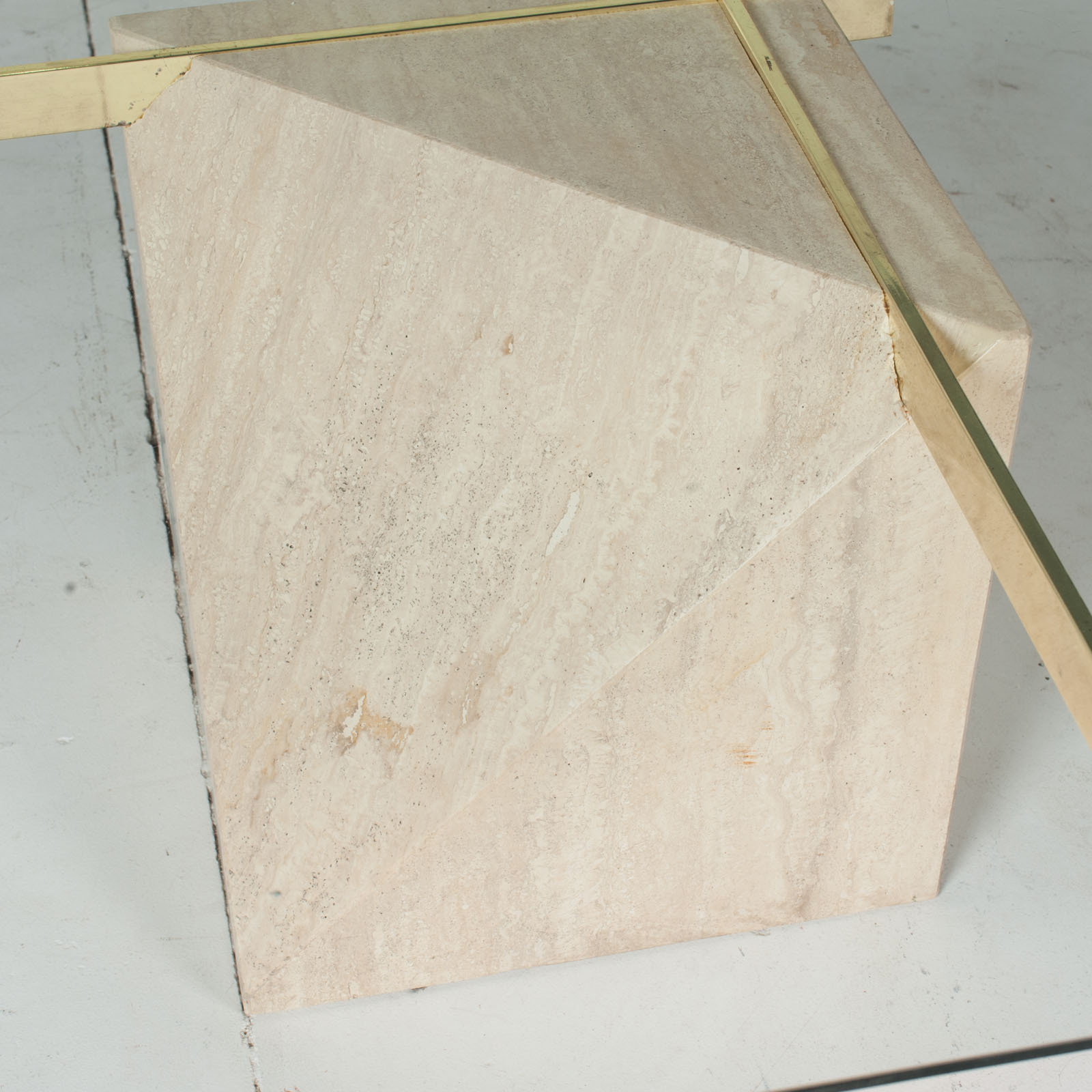 Coffee Table By Artedi In Travertine, Cantilevered Glass And Brass, 1970s, Italy6
