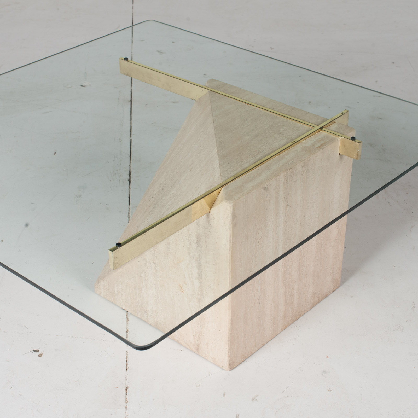 Coffee Table By Artedi In Travertine, Cantilevered Glass And Brass, 1970s, Italy8