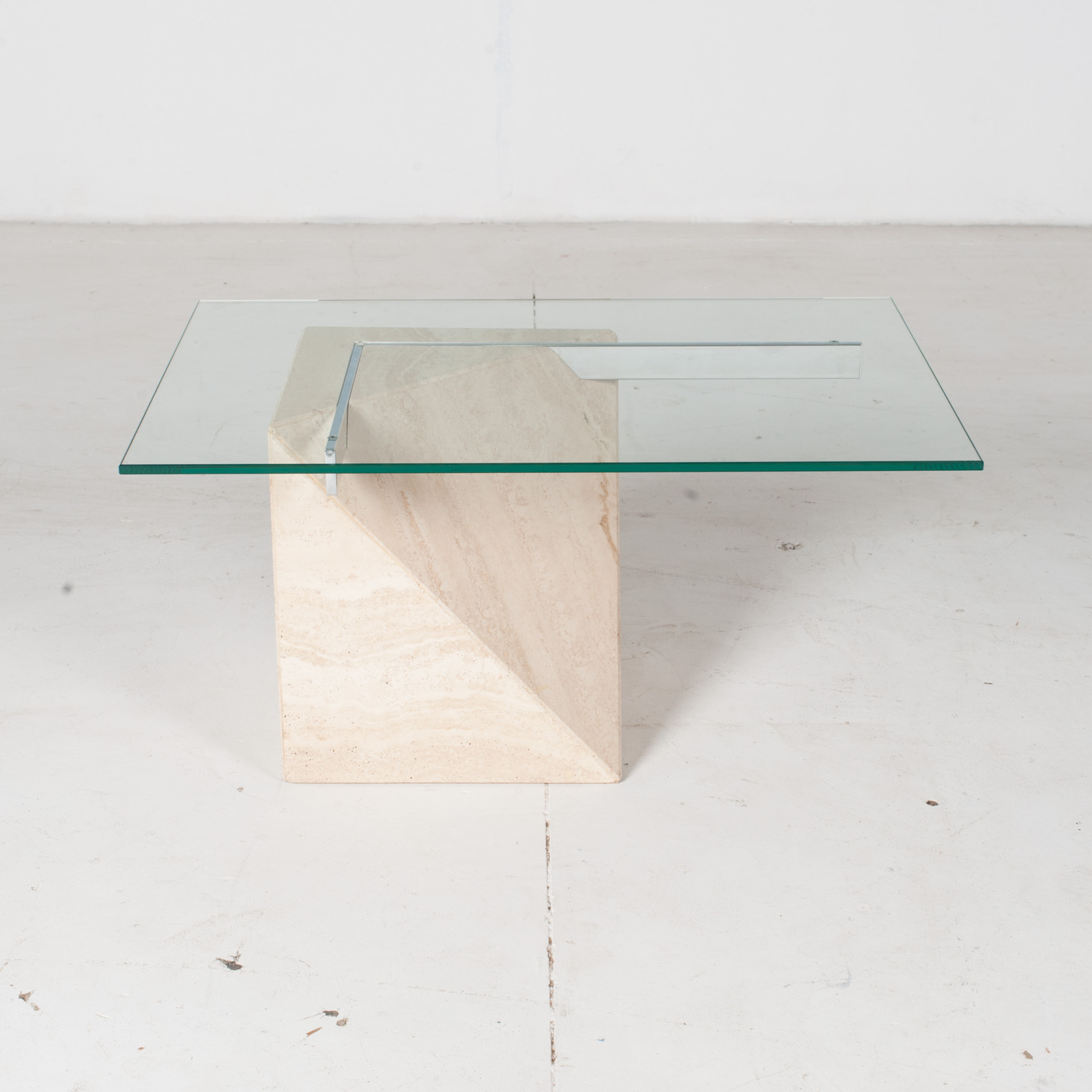 Coffee Table By Artedi In Travertine, Cantilevered Glass And Chrome, 1970s, Italy2