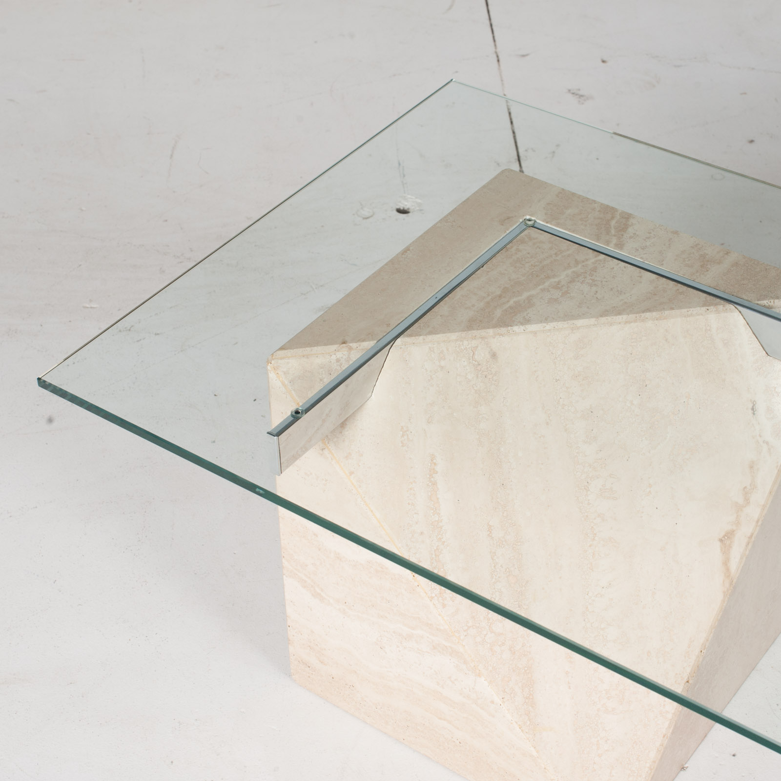 Coffee Table By Artedi In Travertine, Cantilevered Glass And Chrome, 1970s, Italy6