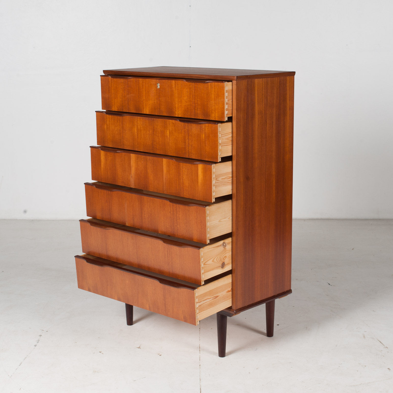 Deep Chest In Teak With Six Drawers And Lipped Handles, 1960s, Denmark5