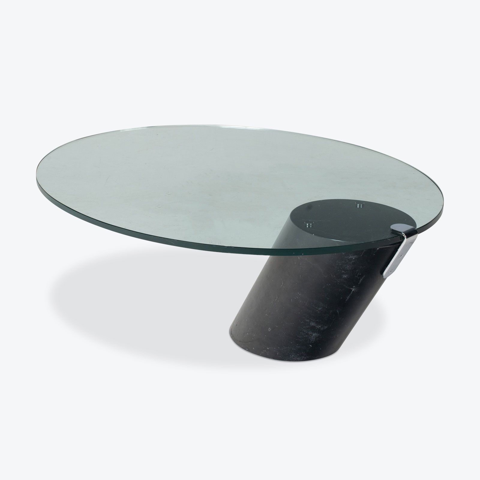 Picture of: K1000 Oval Coffee Table By Ronald Schmitt In Glass And Black Marble 1974 Switzerland Modern Times