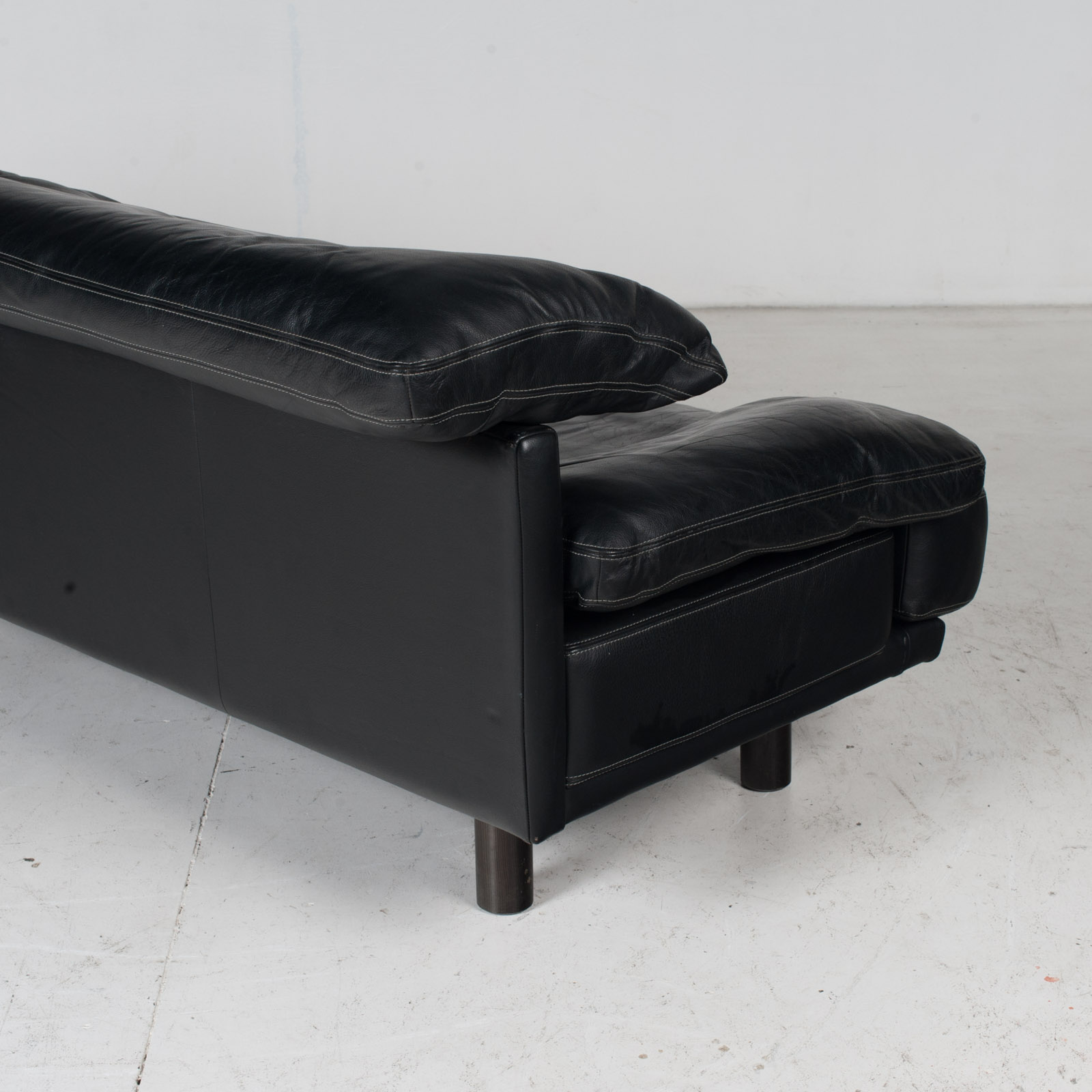 2 Seat Sofa In The Style Of Alanda By Paolo Piva For B&b Italia In Black Leather, 1980s, Italy It 14