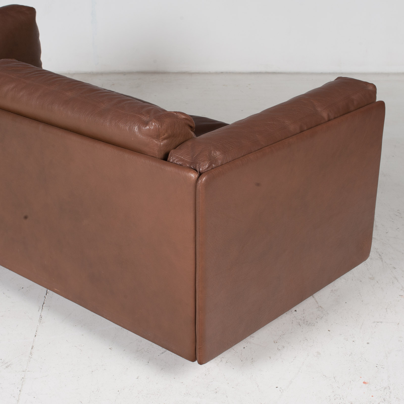 2 Seater Sofa In Brown Leather, 1960s, Switzerland 11