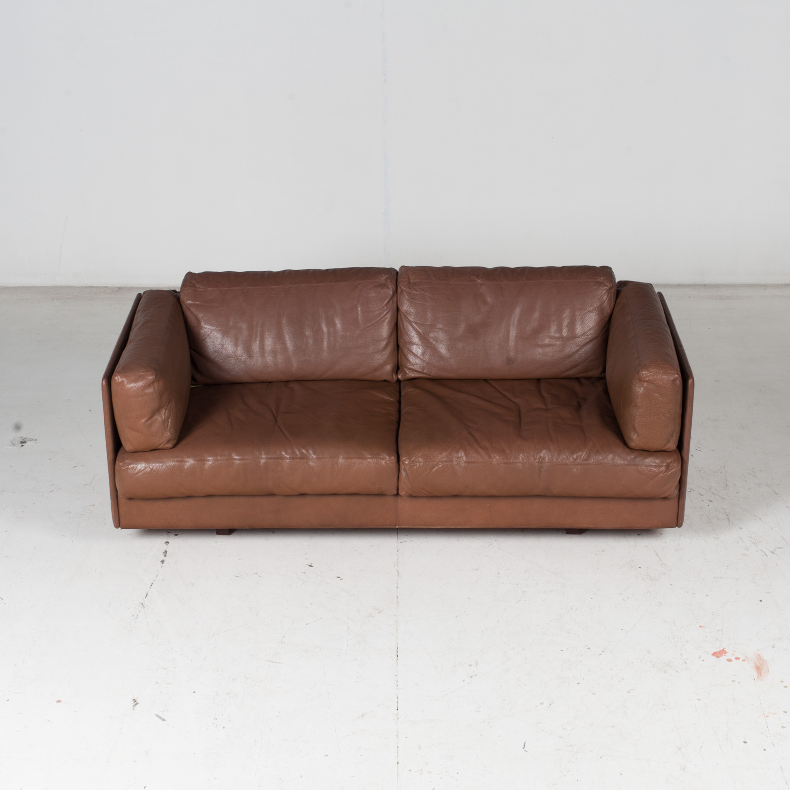 2 Seater Sofa In Brown Leather, 1960s, Switzerland 3