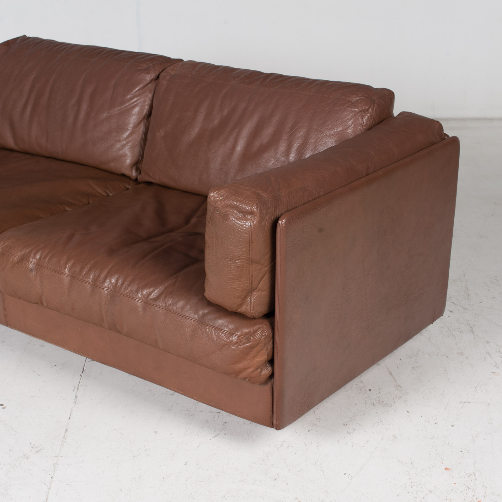 2 Seater Sofa In Brown Leather, 1960s, Switzerland 6