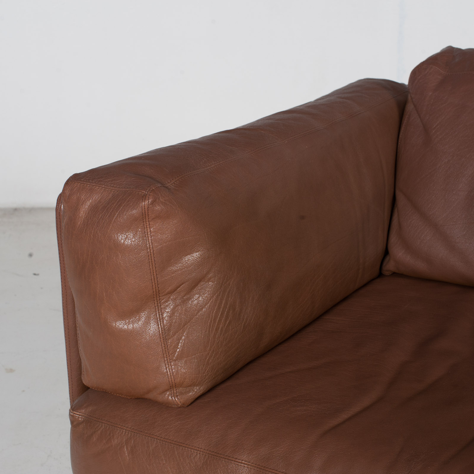 2 Seater Sofa In Brown Leather, 1960s, Switzerland 7