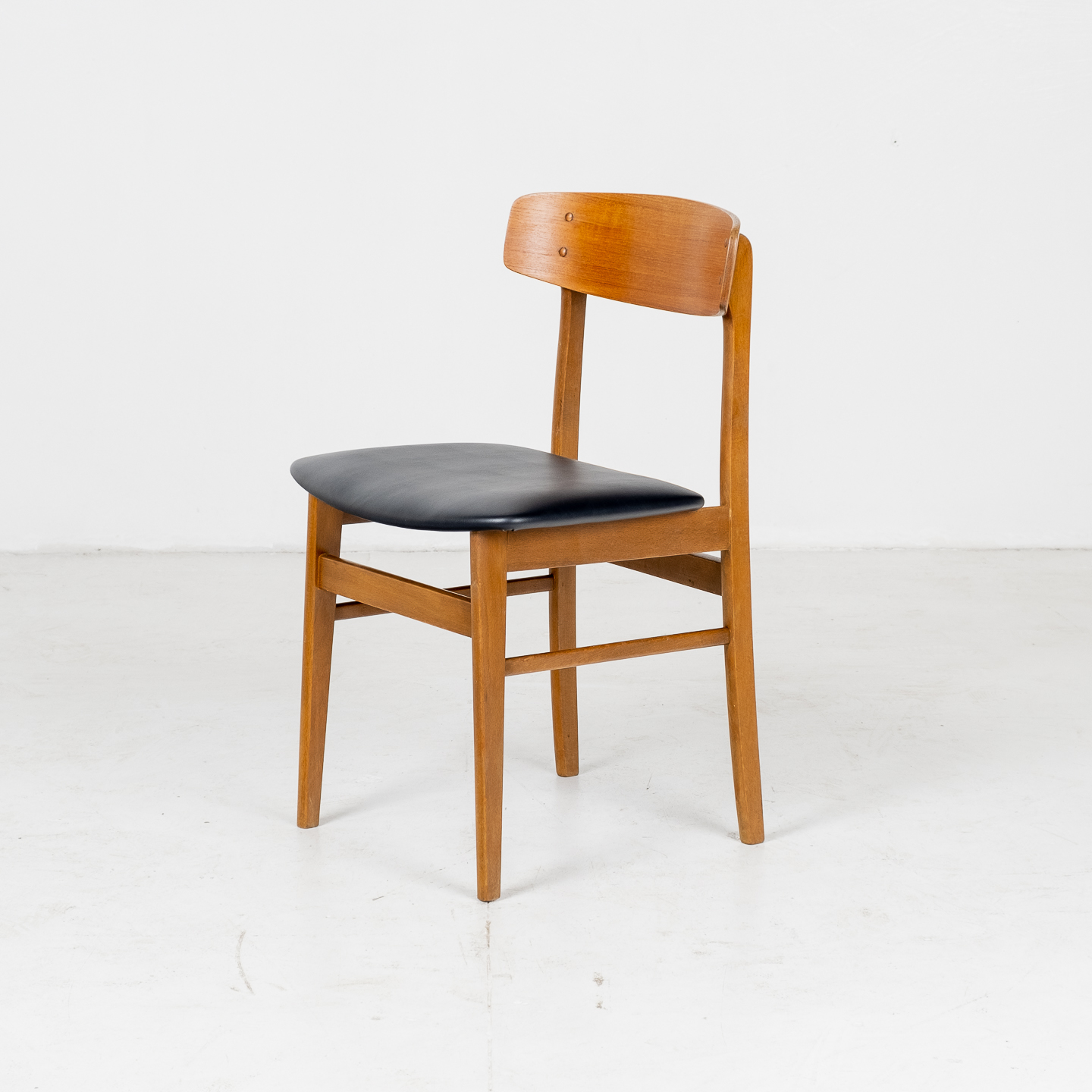 Set Of Four Square Back Dining Chairs By Fastrup In Teak, 1960s, Denmark02