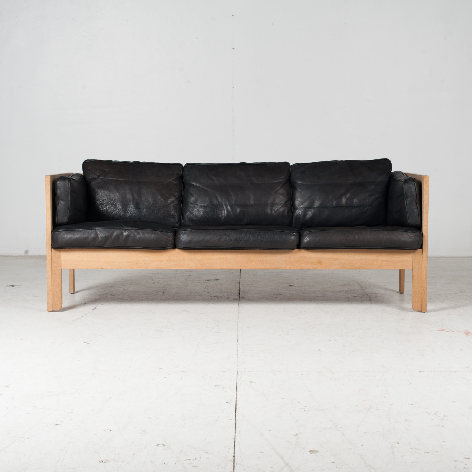 3 Seat Sofa By Borge Mogensen For Frederica In Black Leather And Oak, 1960s, Denmark 1