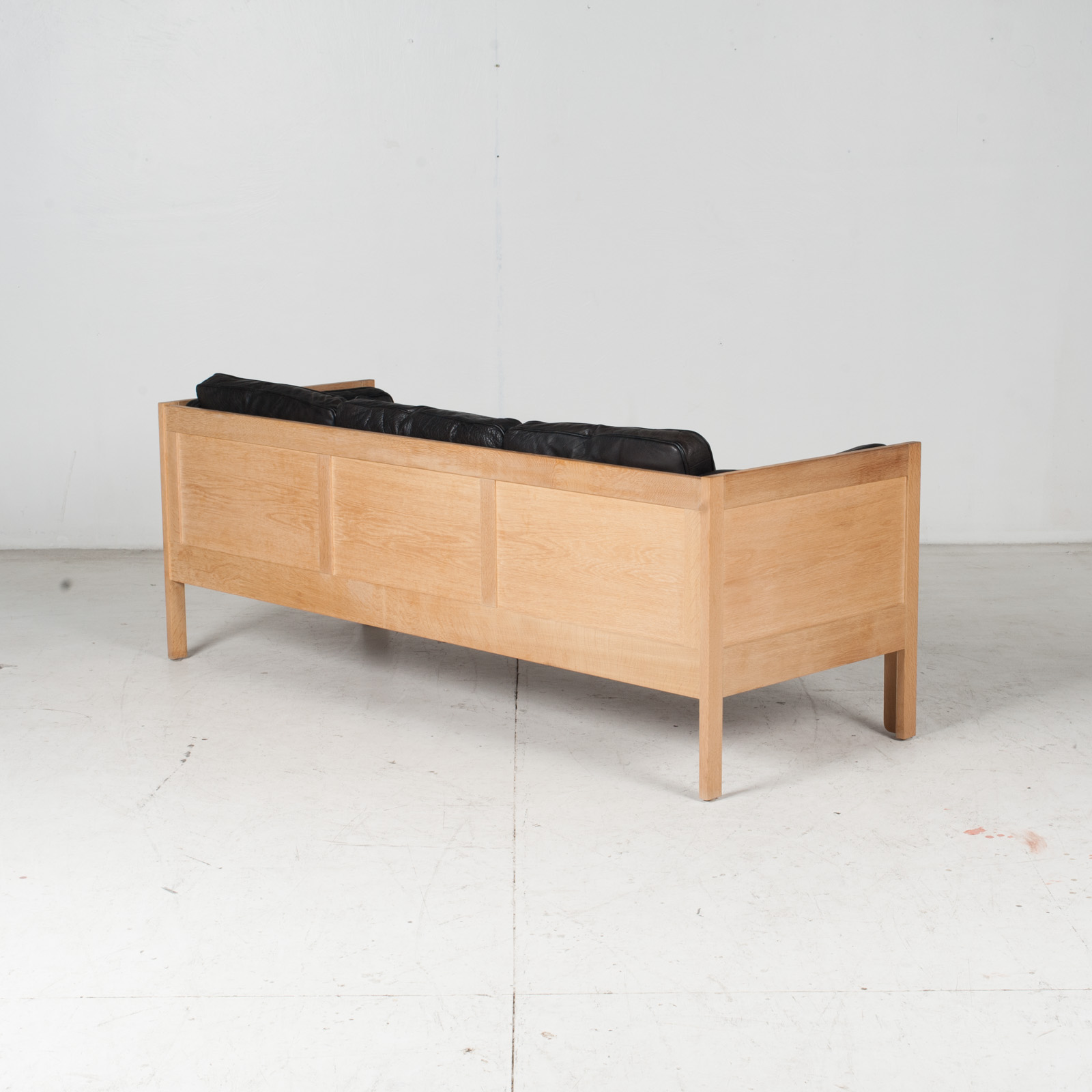 3 Seat Sofa By Borge Mogensen For Frederica In Black Leather And Oak, 1960s, Denmark 10
