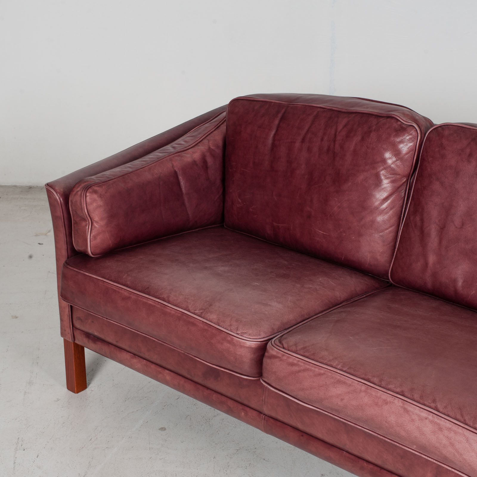 3 Seat Sofa By Mogens Hansen In Red Leather, 1960s, Denmark 5