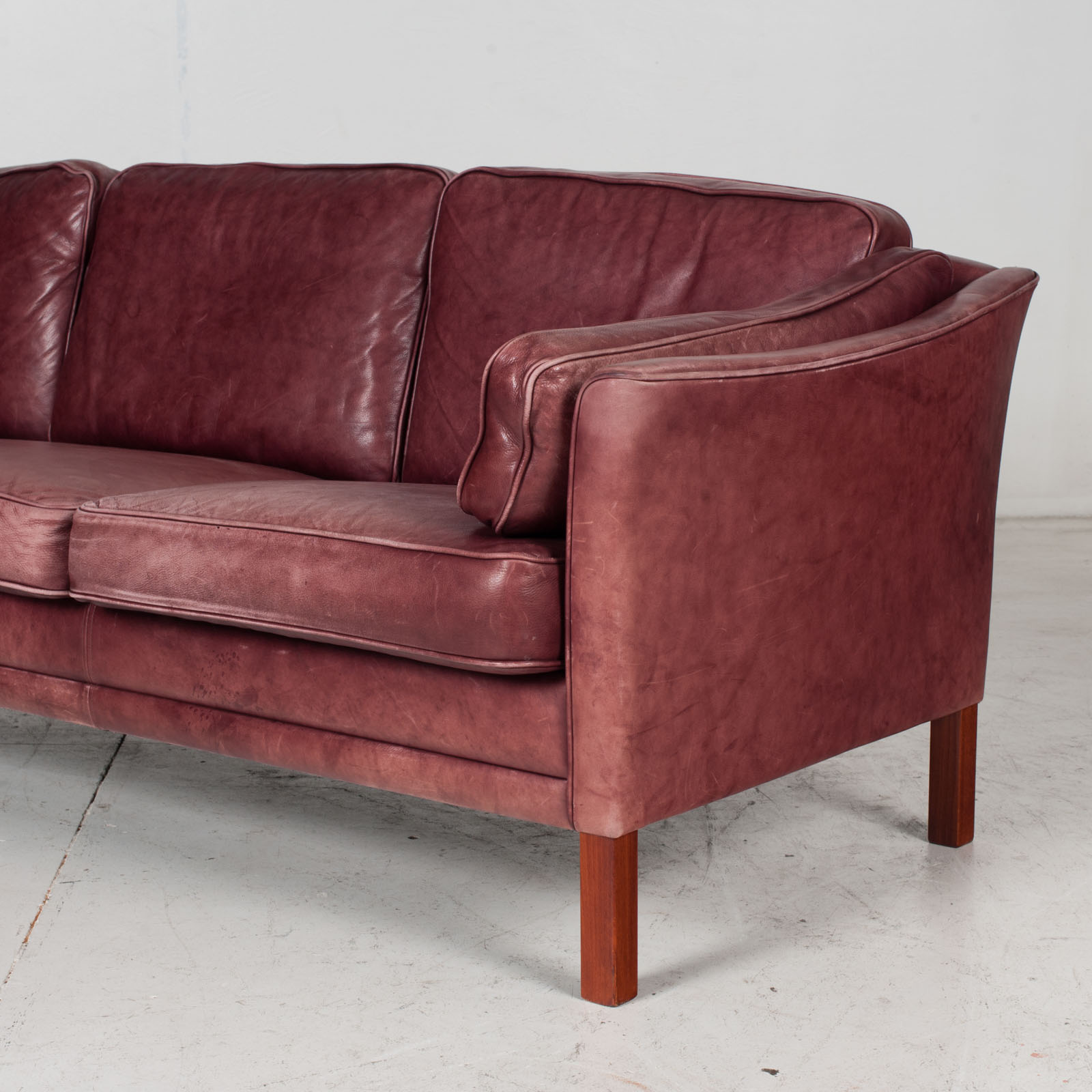 3 Seat Sofa By Mogens Hansen In Red Leather, 1960s, Denmark 6