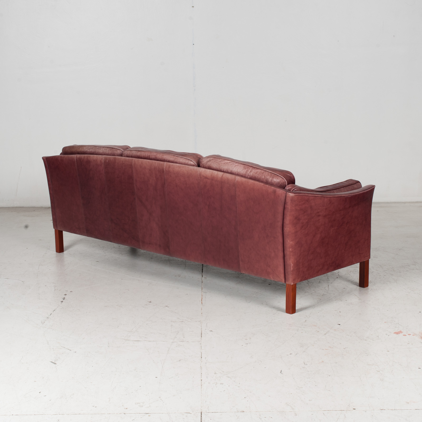 3 Seat Sofa By Mogens Hansen In Red Leather, 1960s, Denmark 7
