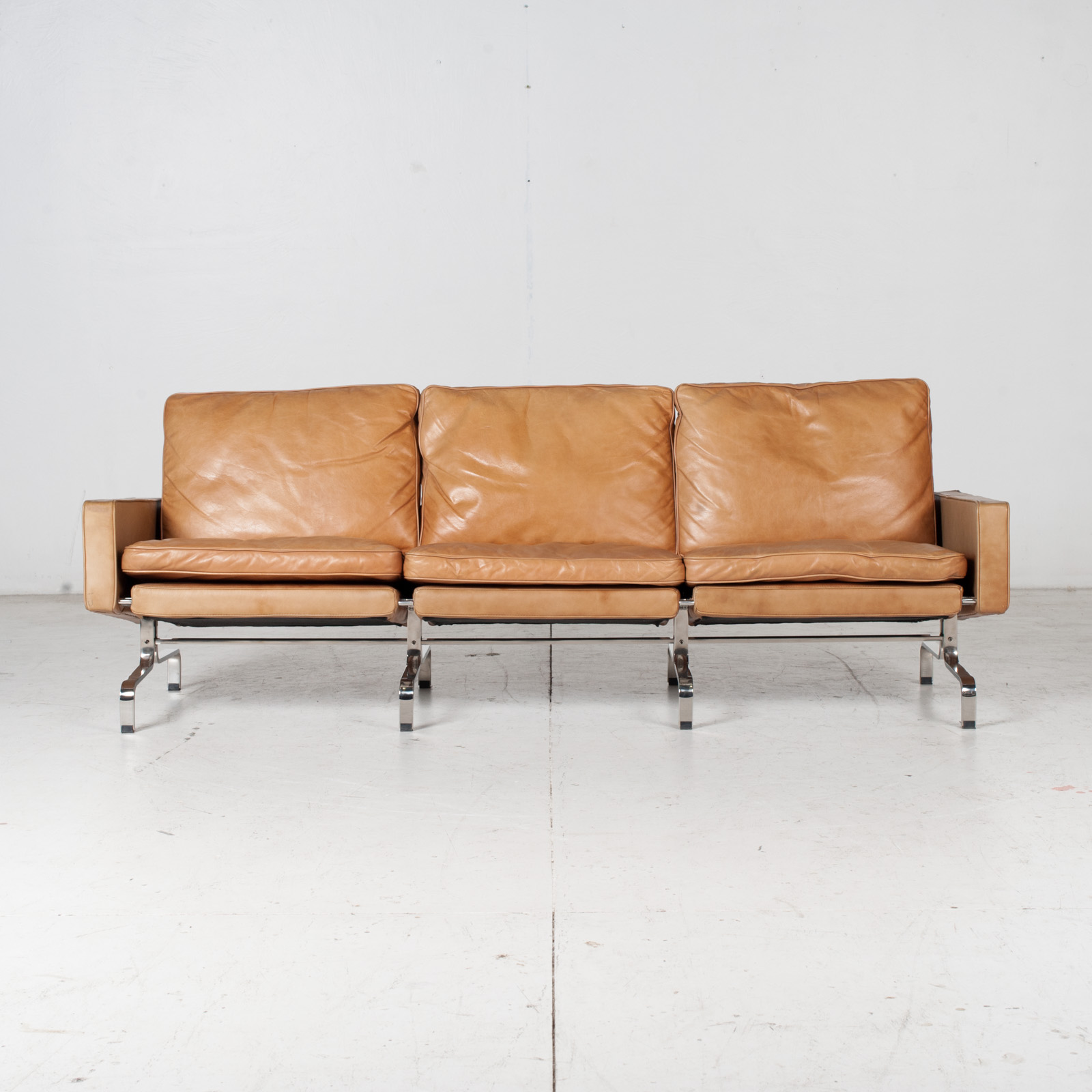 3 Seat Sofa By Poul Kjaerholm For Ejvind Kold Christensen In Tan Leather And Chrome, 1960s, Denmark 1