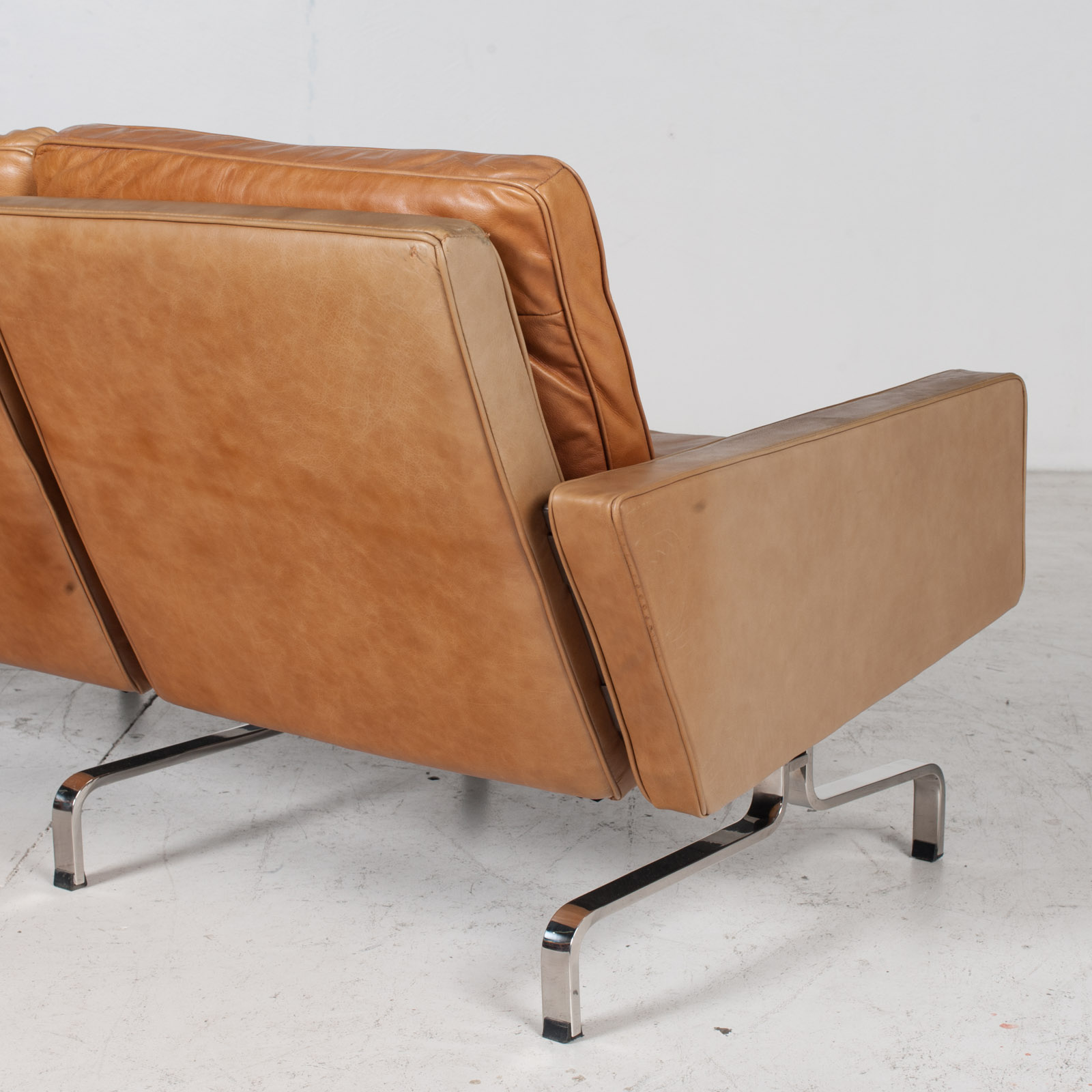 3 Seat Sofa By Poul Kjaerholm For Ejvind Kold Christensen In Tan Leather And Chrome, 1960s, Denmark 10