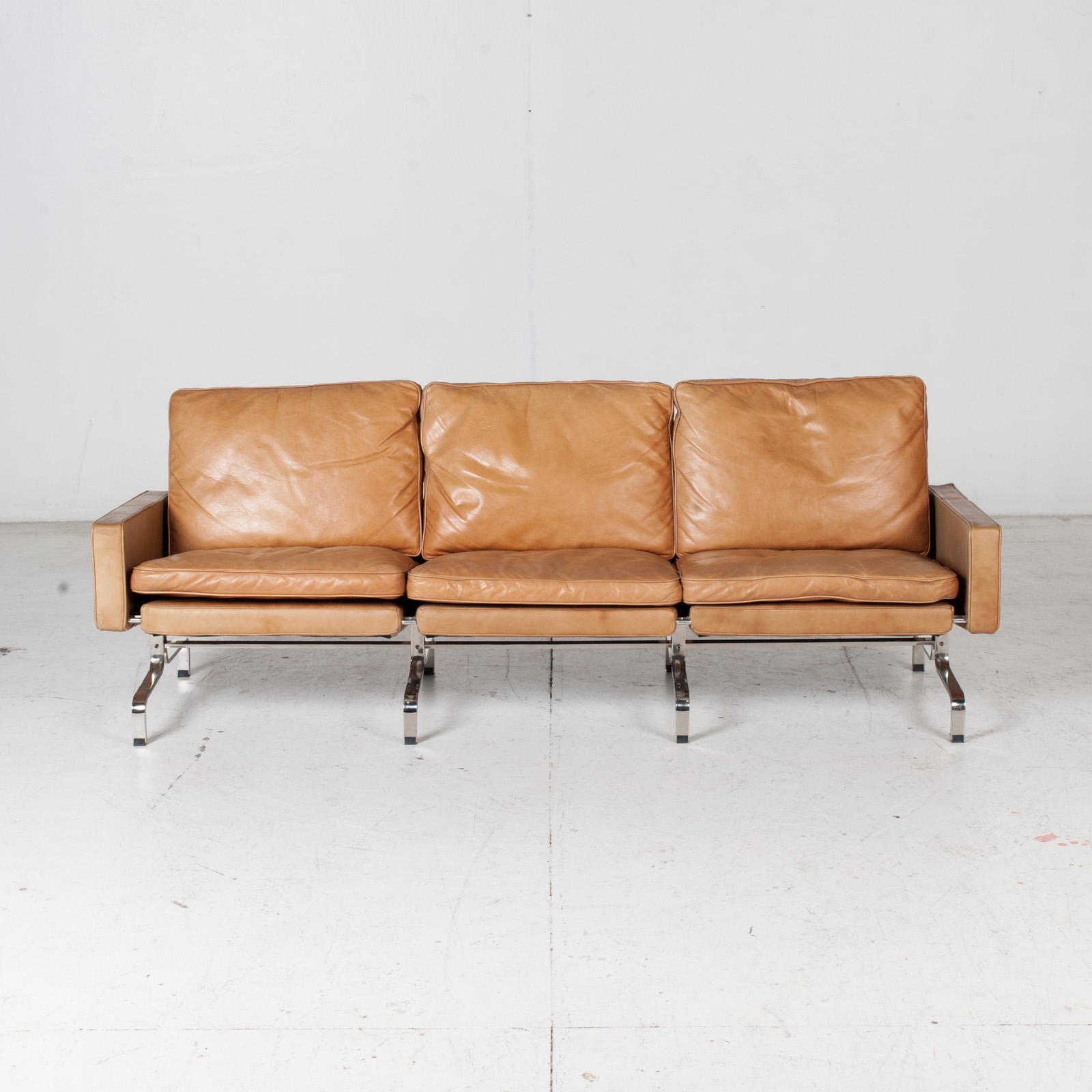 3 Seat Sofa By Poul Kjaerholm For Ejvind Kold Christensen In Tan Leather And Chrome, 1960s, Denmark 2