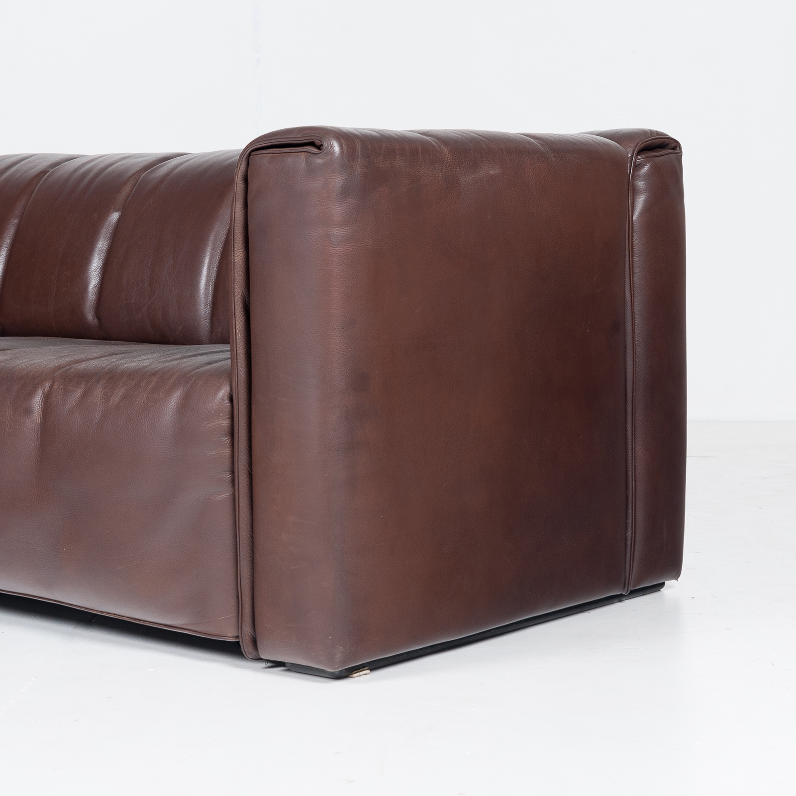 2.5 Seat Leather Sofa By Wittmann, Austria39