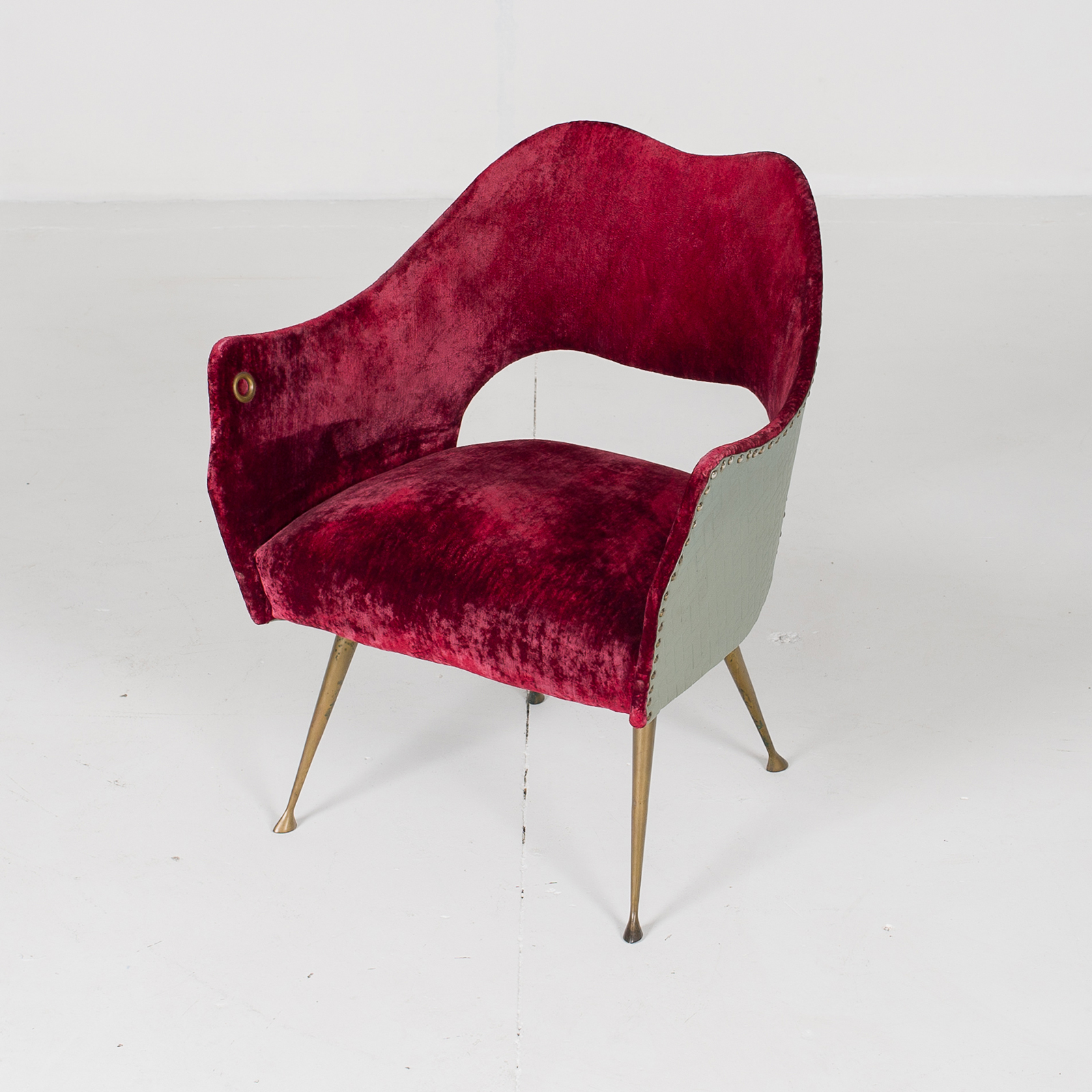 Armchair By Gio Ponti For Isa Bergamo In Burgundy Velvet ,1950s, Italy High Res