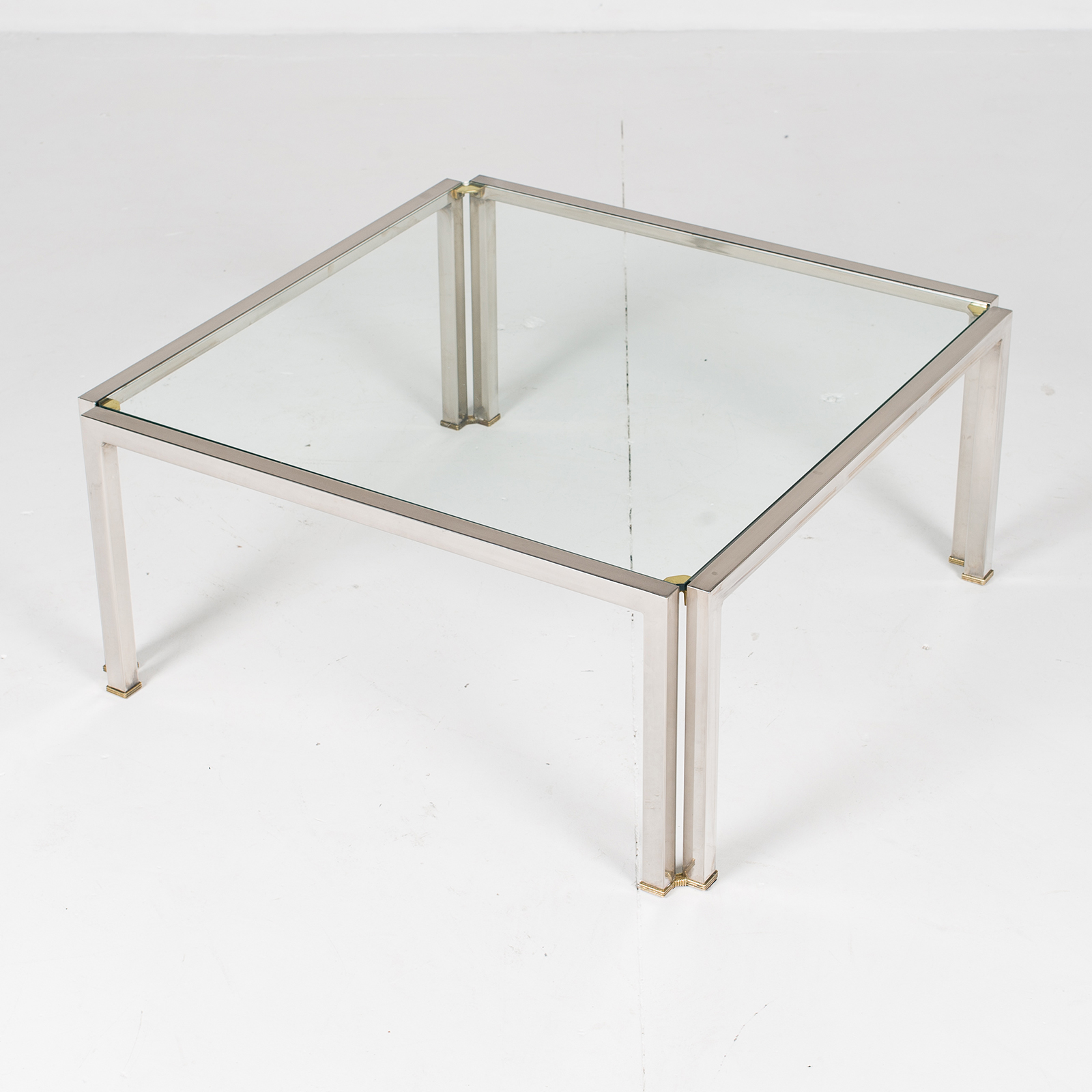 Coffee Table With Glass Top, Belgium Hgih Res